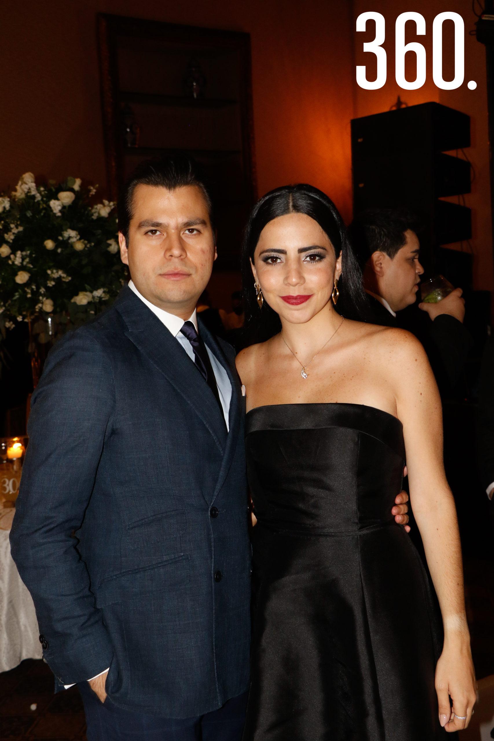 Rodrigo Carbajal y Julieta Elizondo.