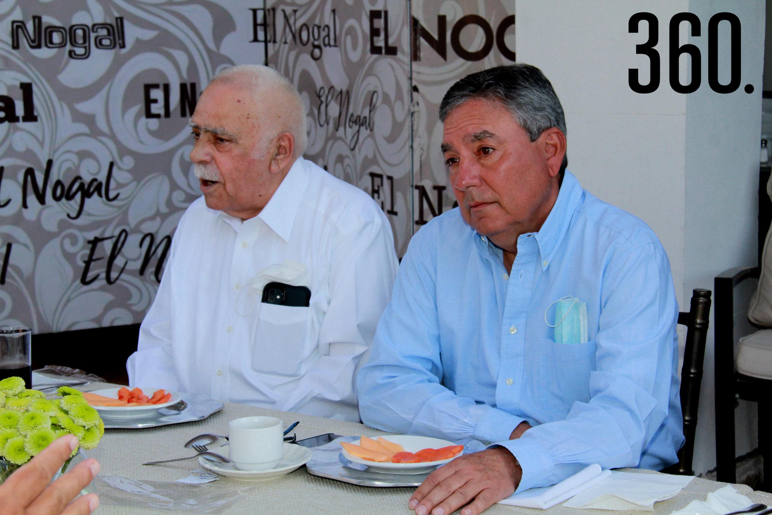 Raymundo Verduzco Rosán y Oscar Pérez.