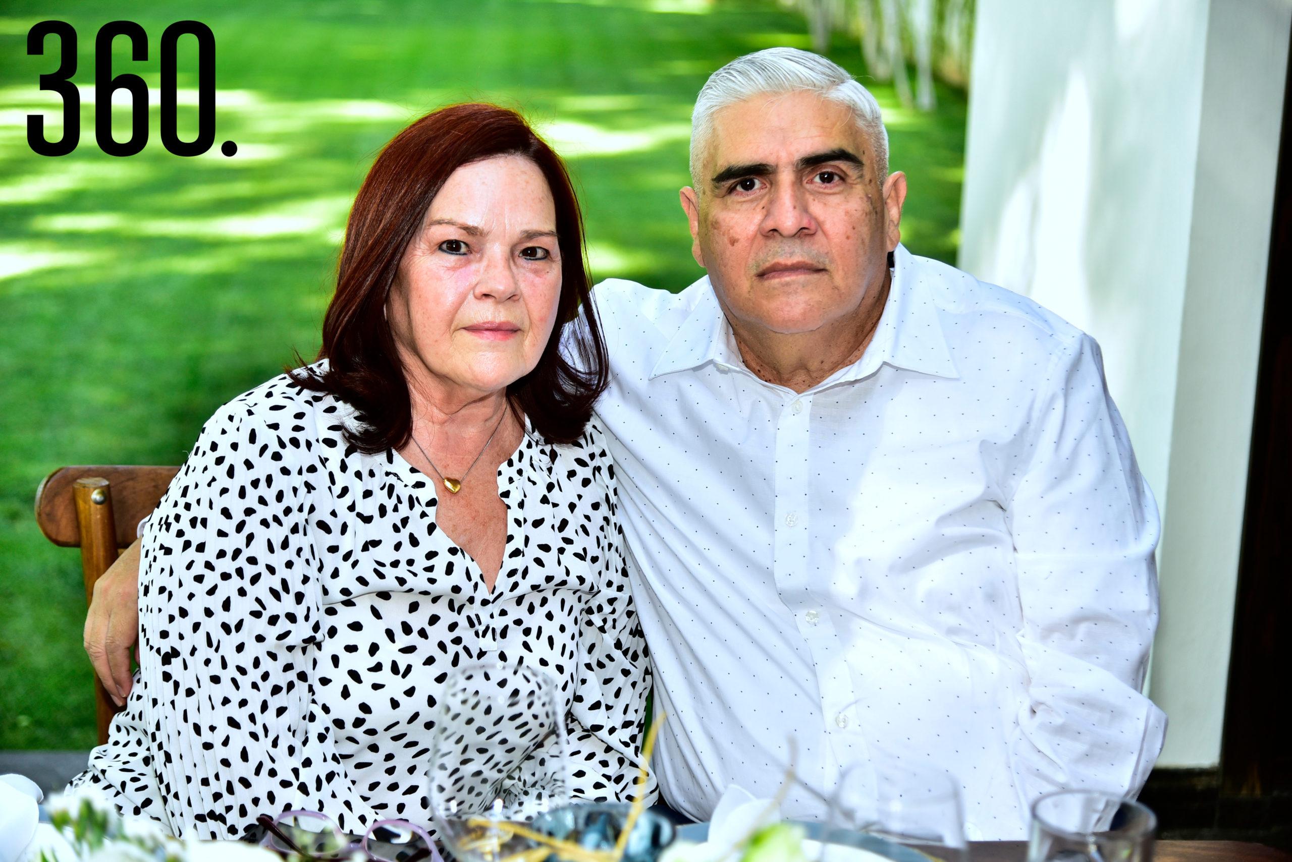Mirta González y Jairo Ramírez.