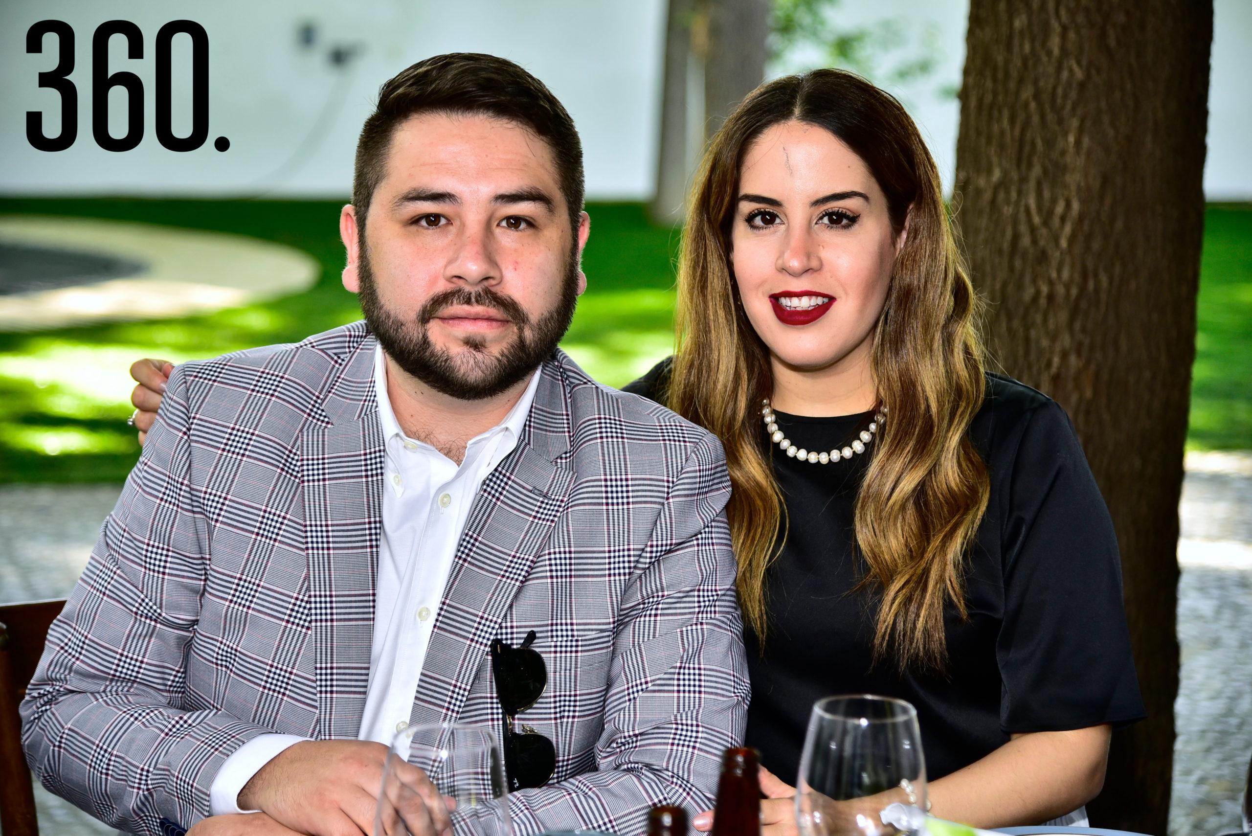 Eduardo Perea y Mariana Rodríguez.
