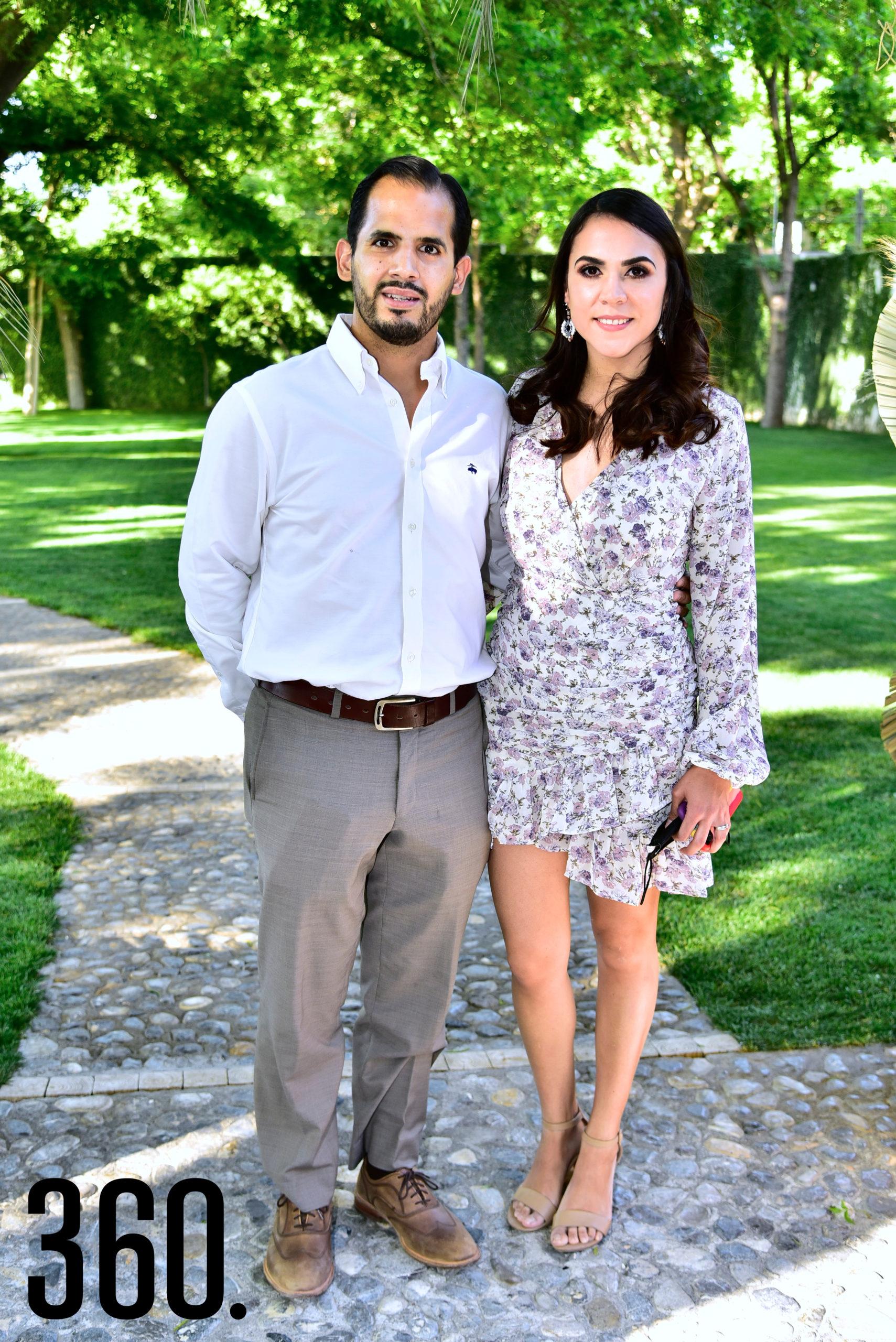 José Luis Rodríguez y Priscila Araiza.