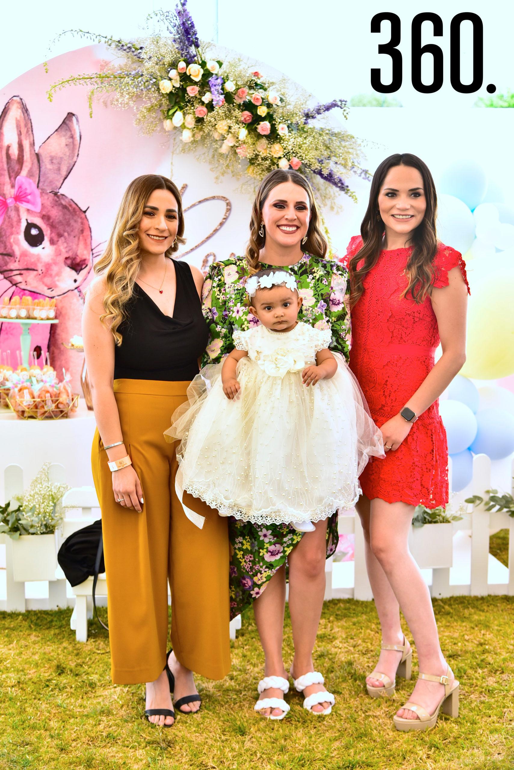 Alejandra de la Fuente, Cristina Dávila, Liliana de las Fuentes y Romina Pérez.