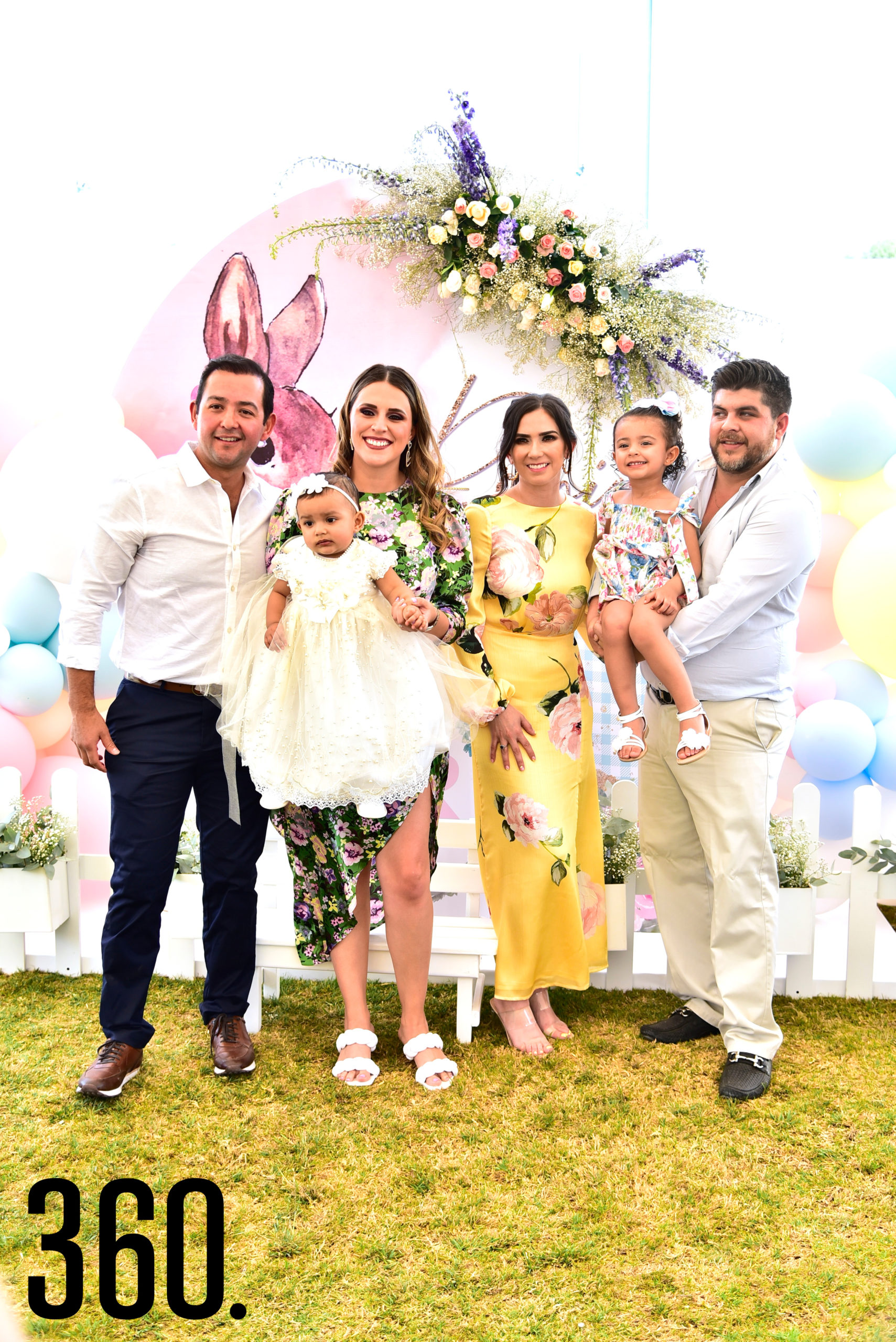 Luis Perez, Romina Perez, Cristina Davila, Mauro Garza, Alicia Jiménez y su hermana Cristy Pérez Dávila.