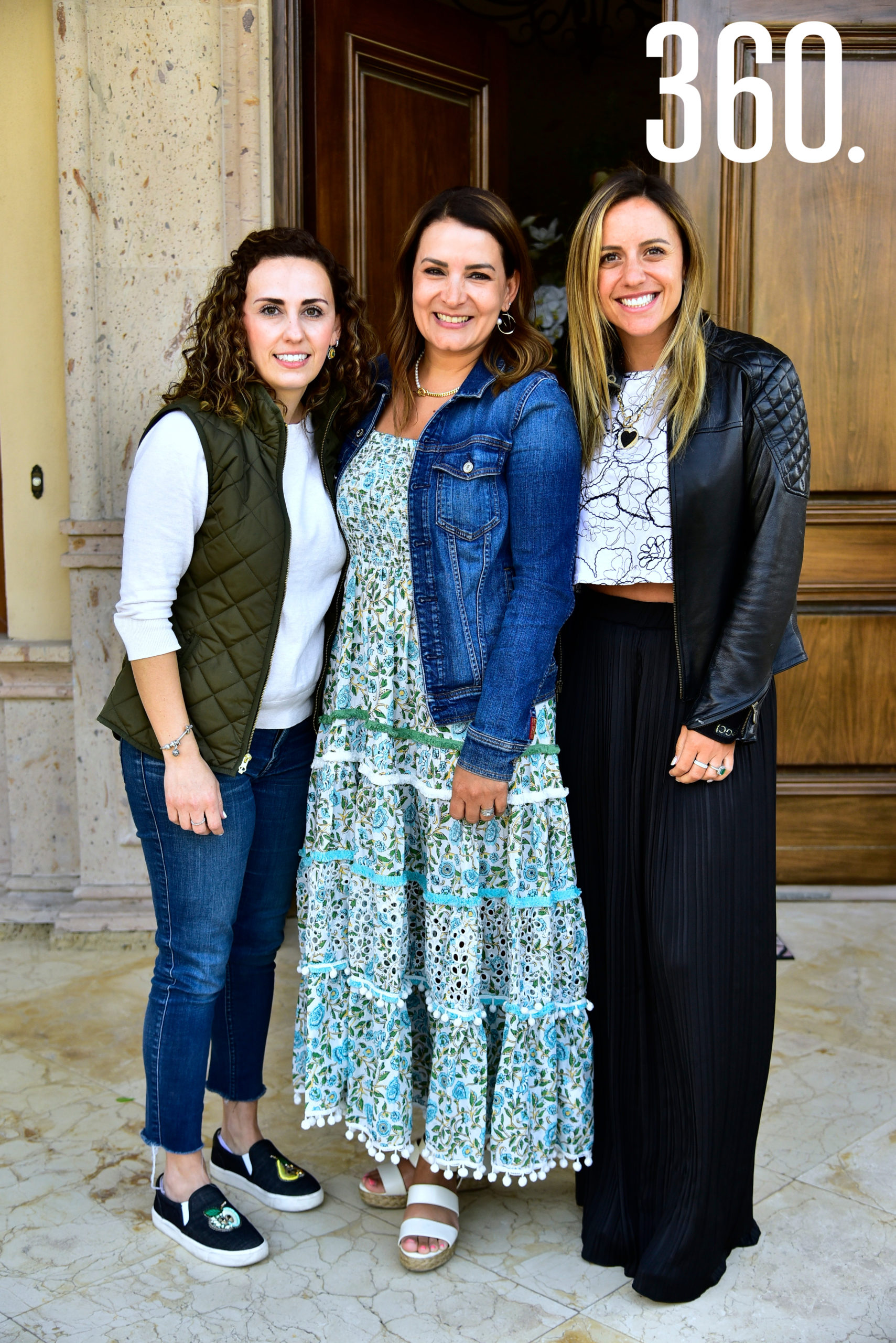 Magda Mohamar, Amadelia de los Santos y Paulina Galindo.