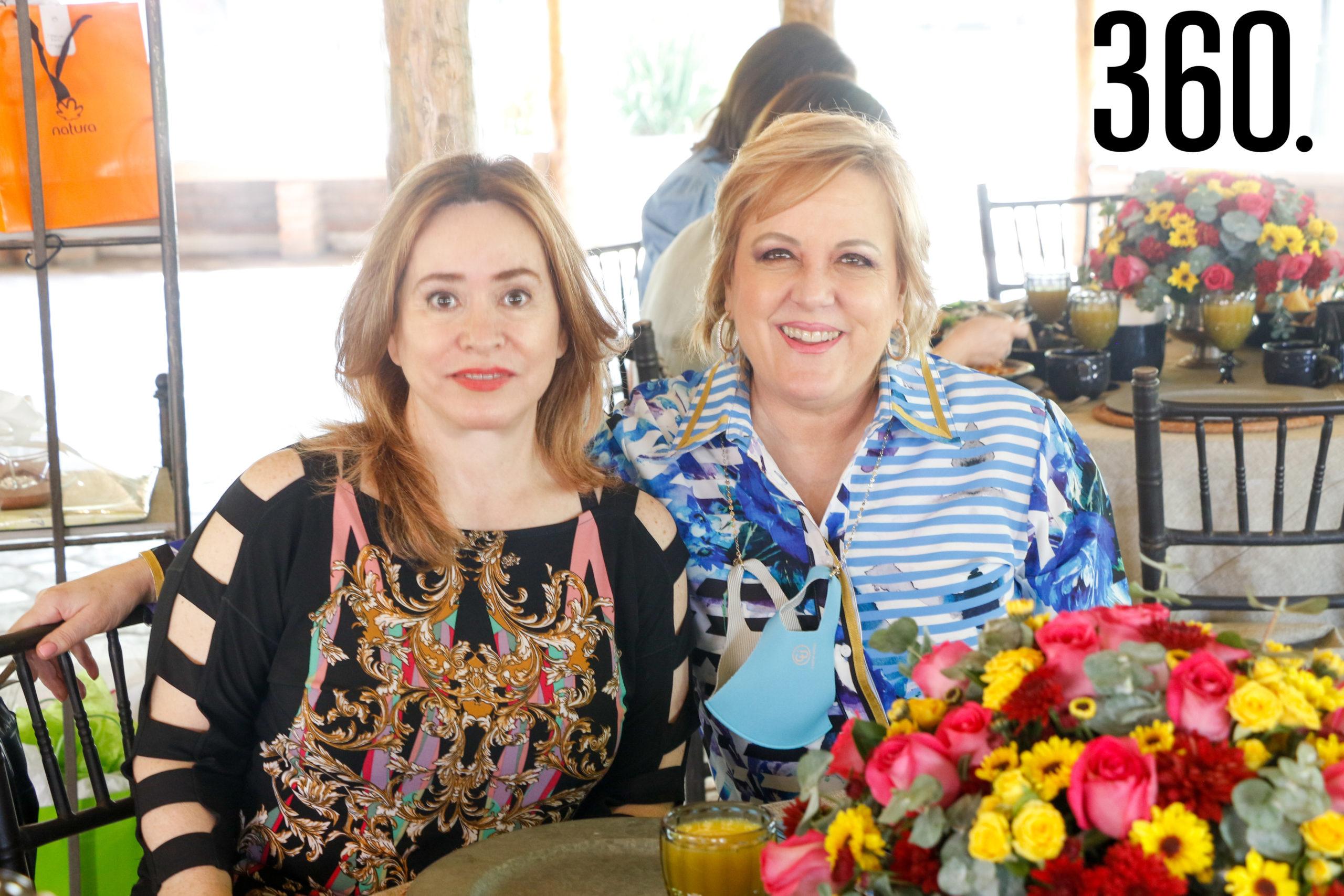 Adriana Parra y Paty Martínez.