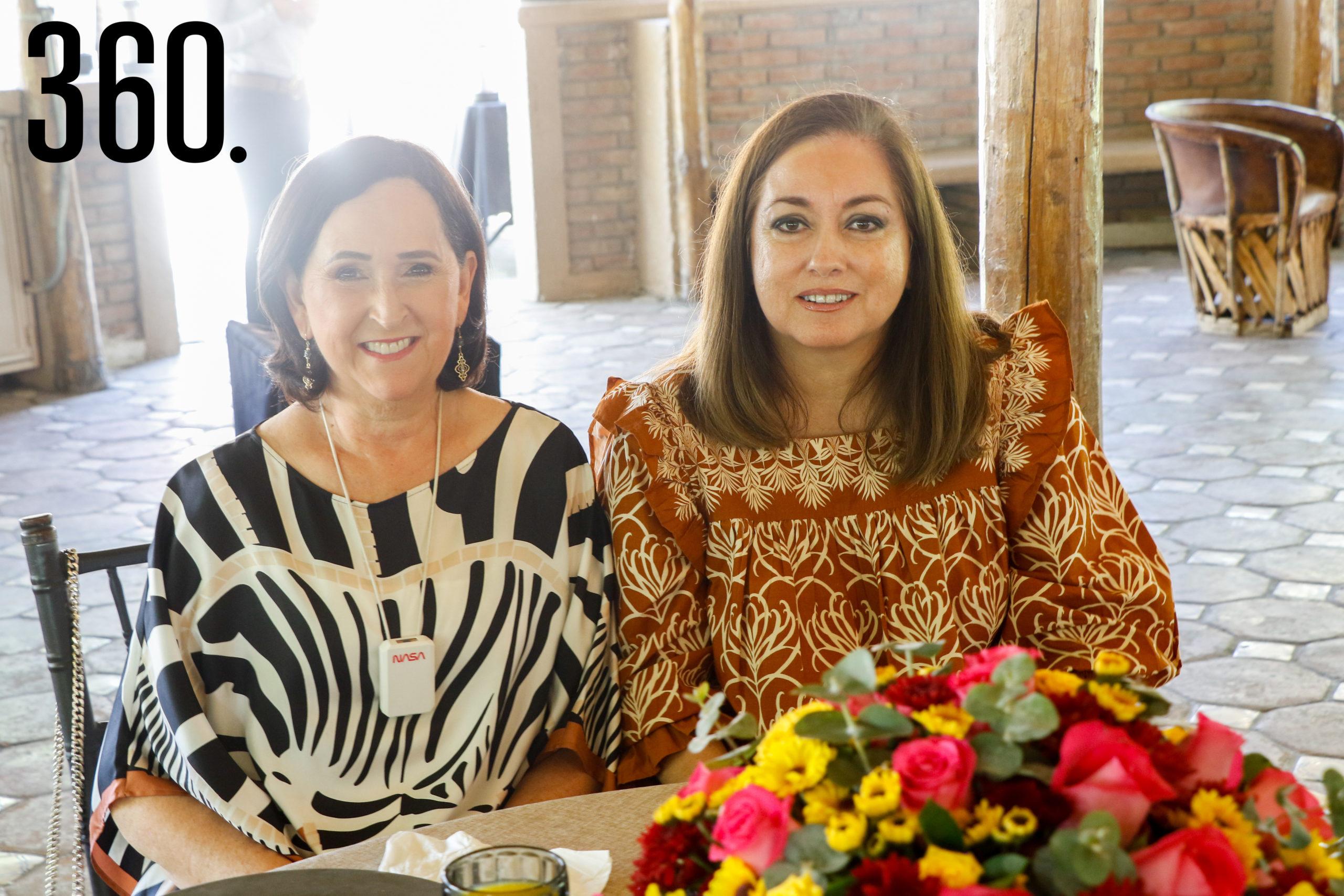 María Alicia López y Toñeta Cabello.