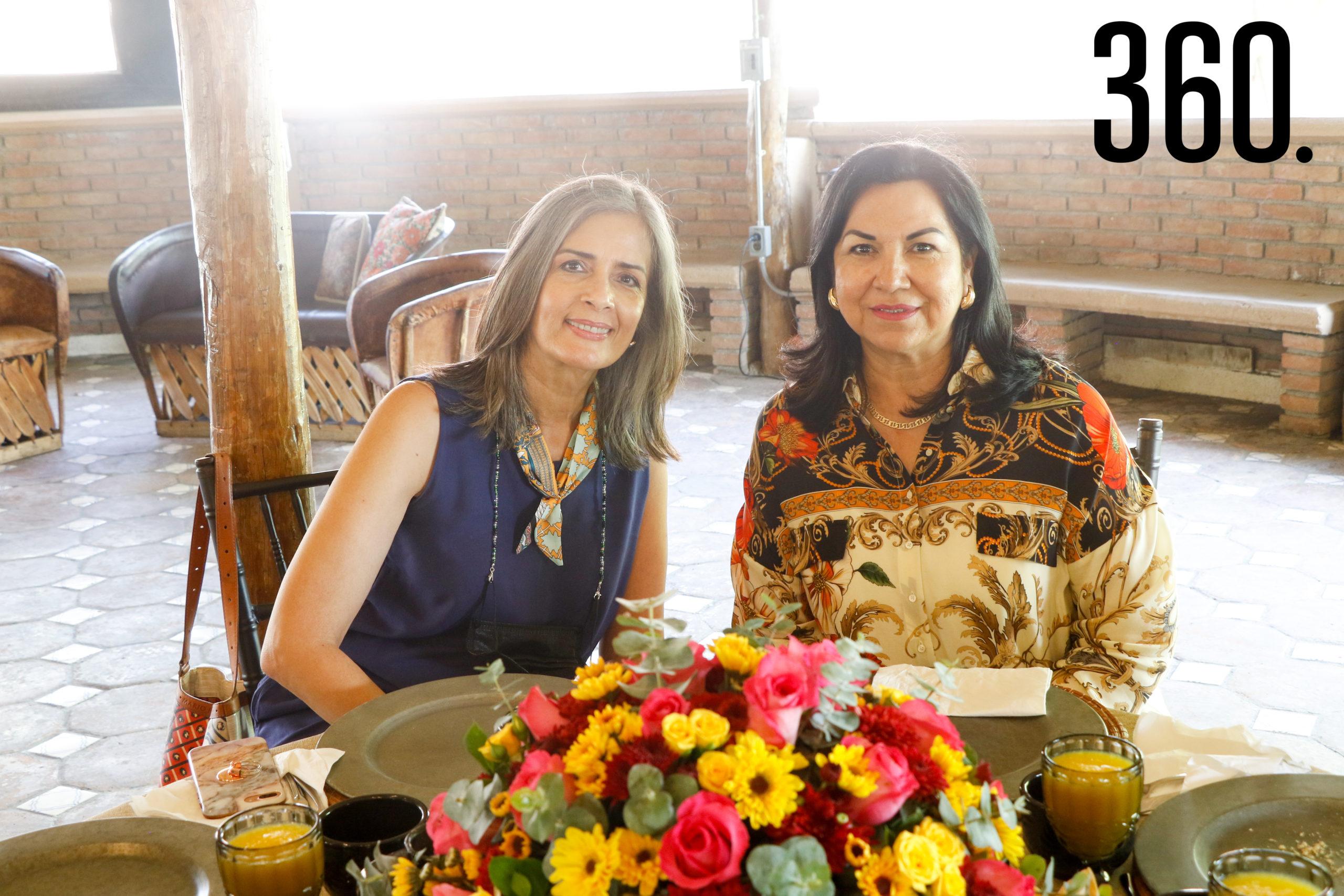 Cilia Concha y Carmen de Marines.
