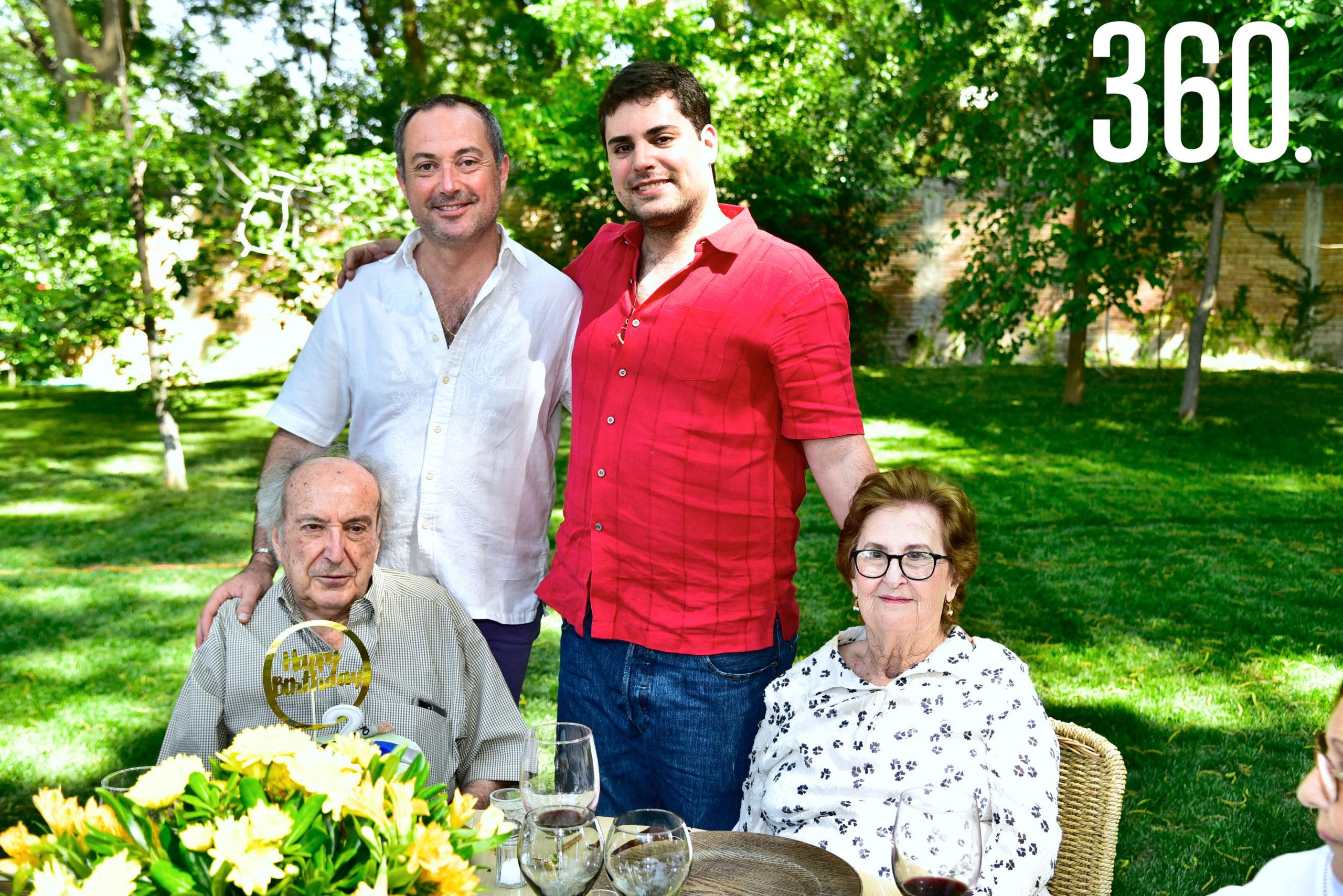 Luis Torres Arsuaga, Luis Atón, Enrique Torres Caso y Beatriz Arsuaga.