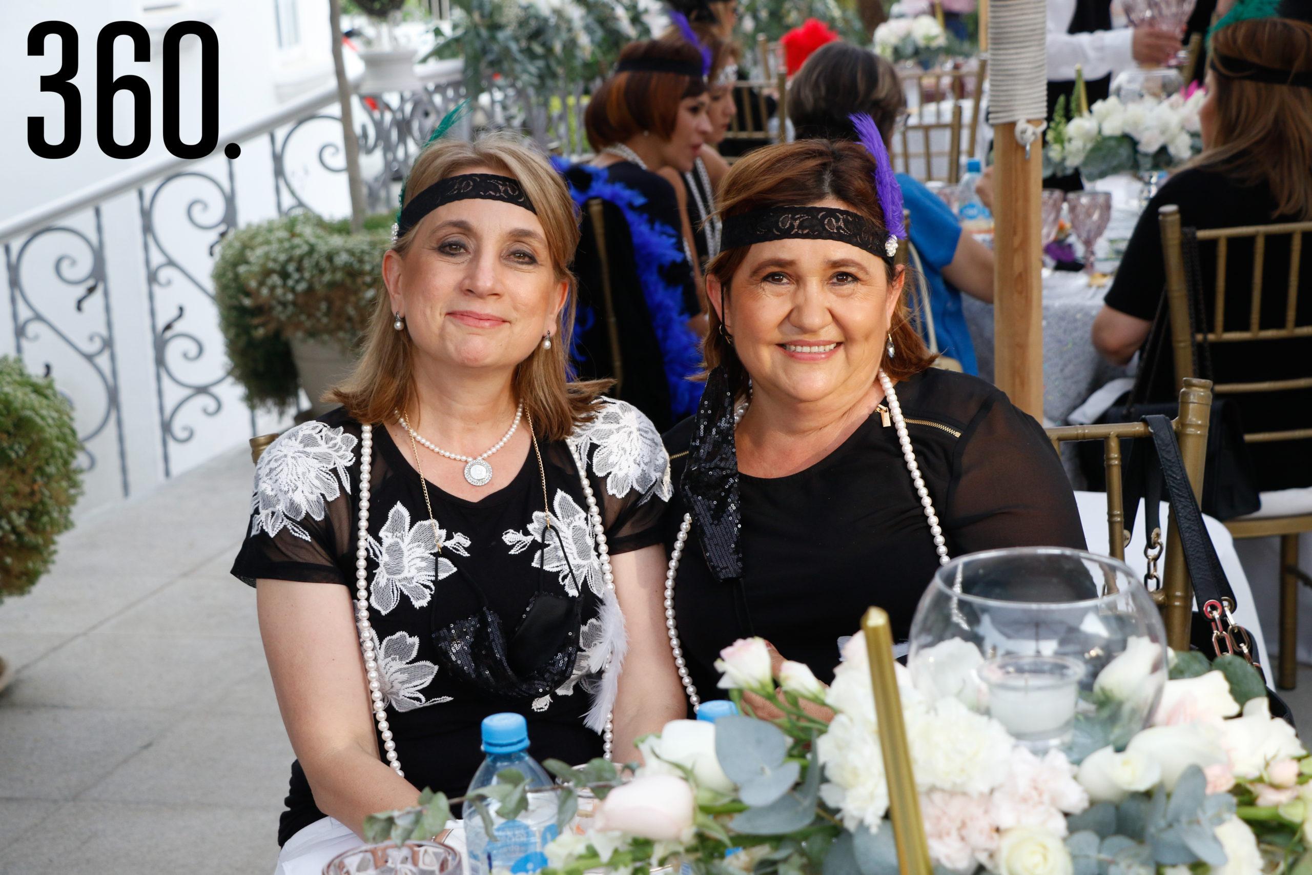 Gina Lara y Alejandra Moreira.