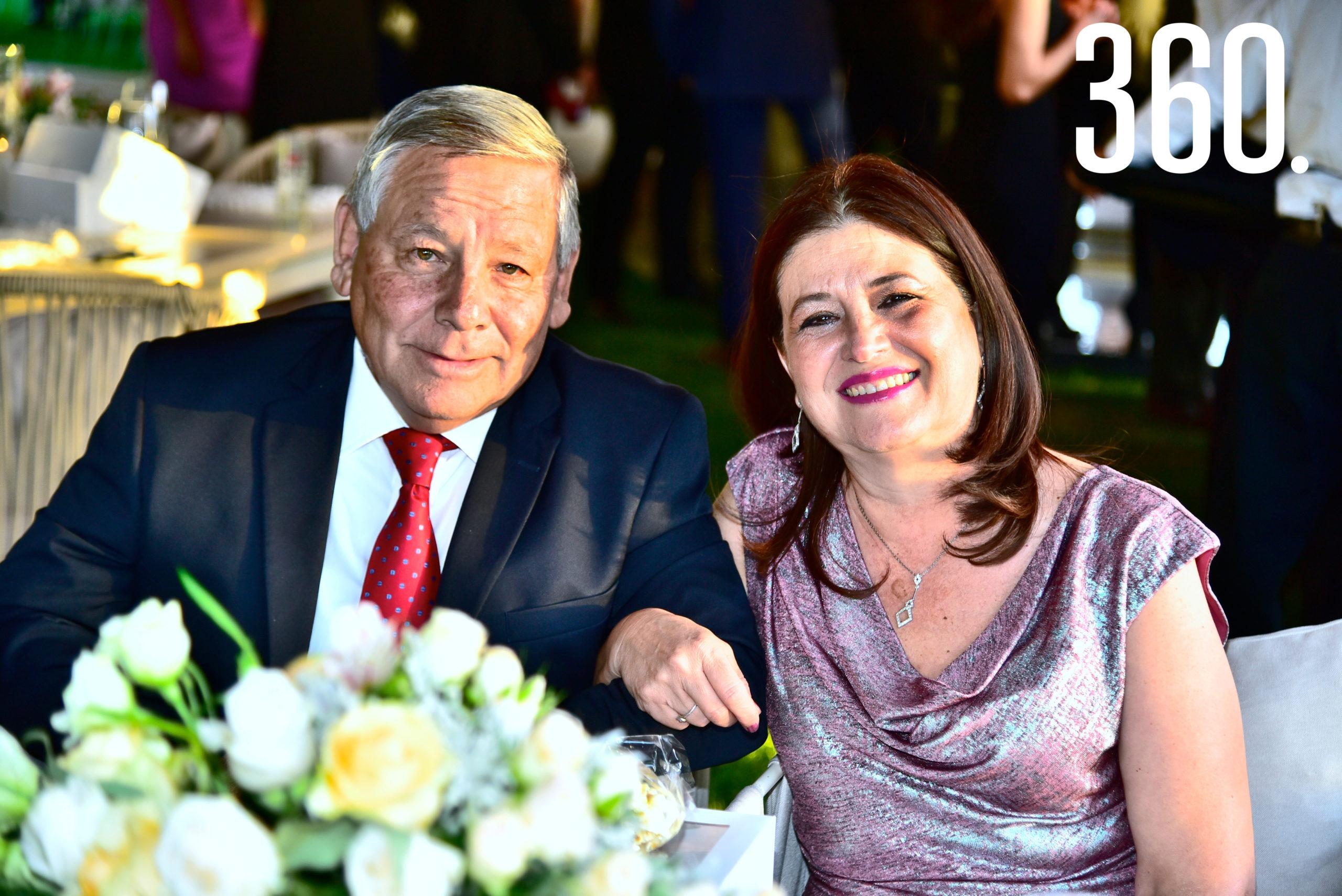 Jaime Rivera y Artemia Valdés de Rivera.