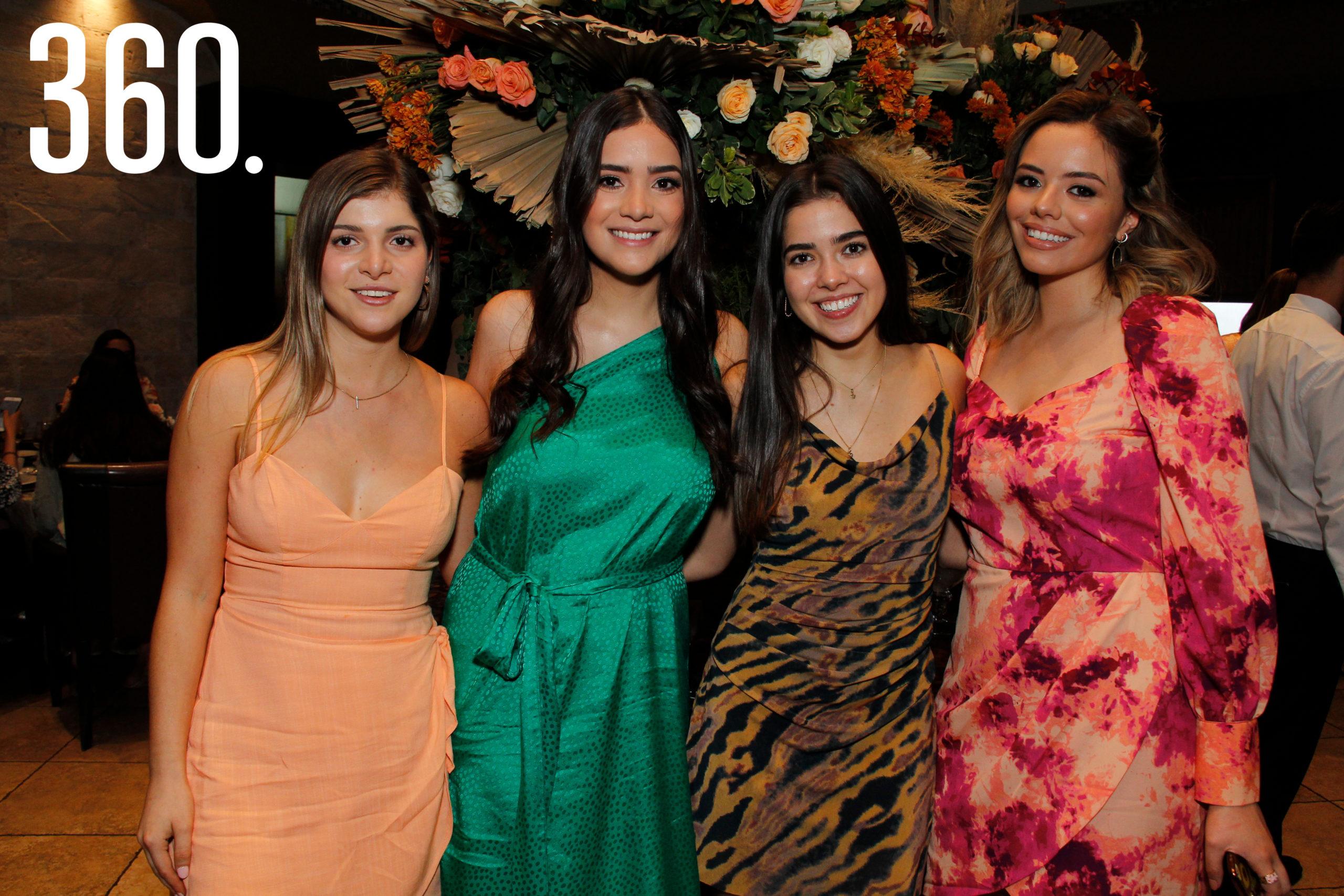 Elisa Ferreiro, Sofía Chávez, Sofía Schmal y Regina Alcántara.