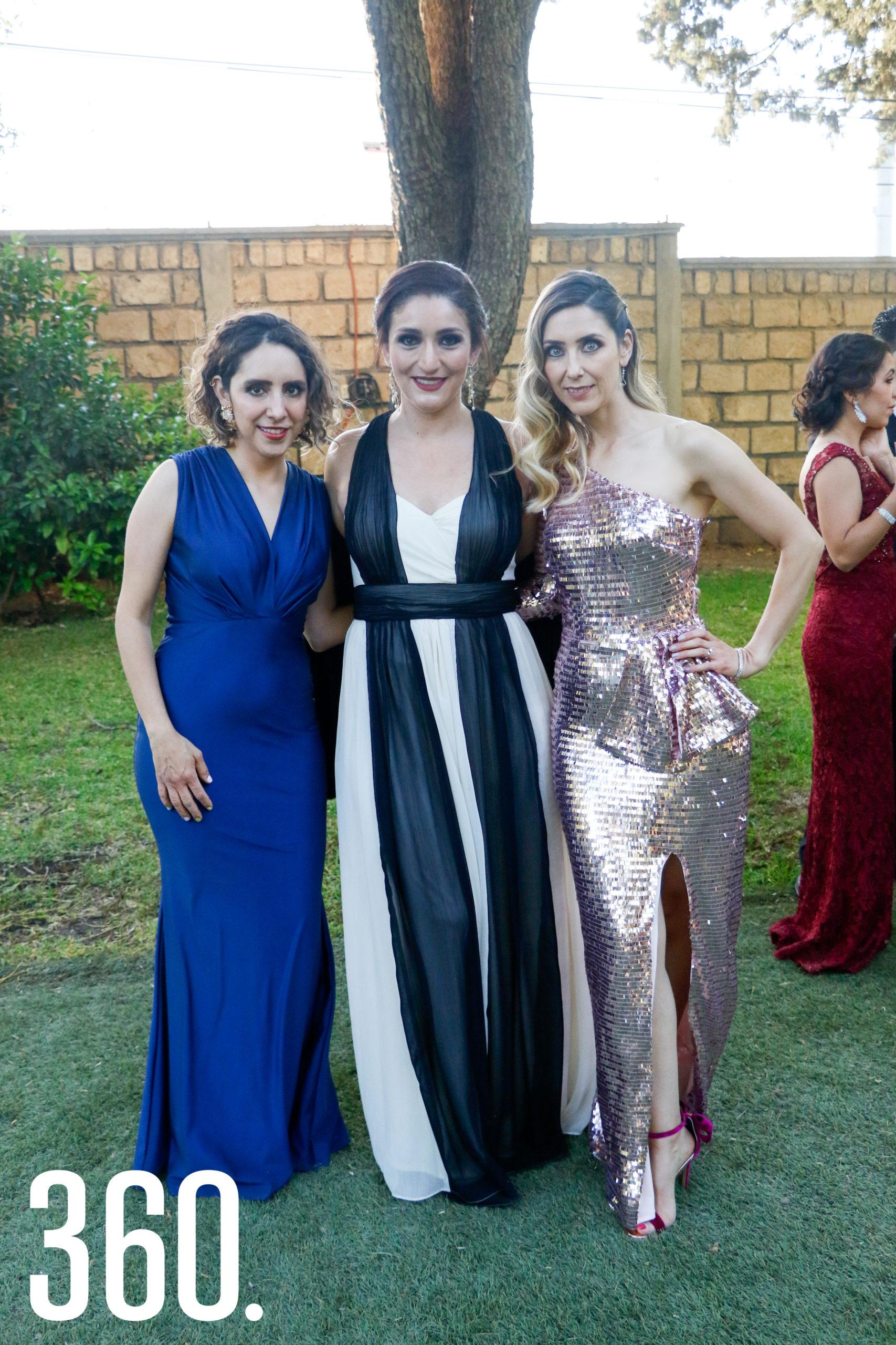 Karina Sánchez, Male Berlanga y Liz Delgado.