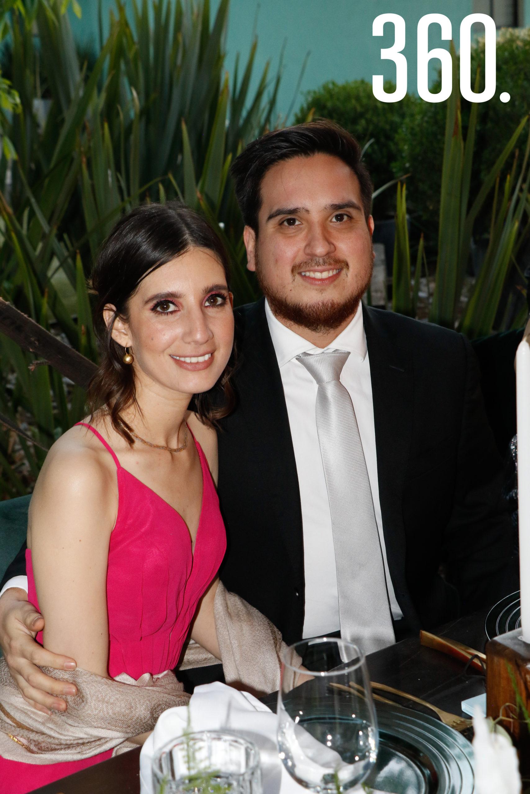 Rosa Martha Dávila y Alberto Flores.