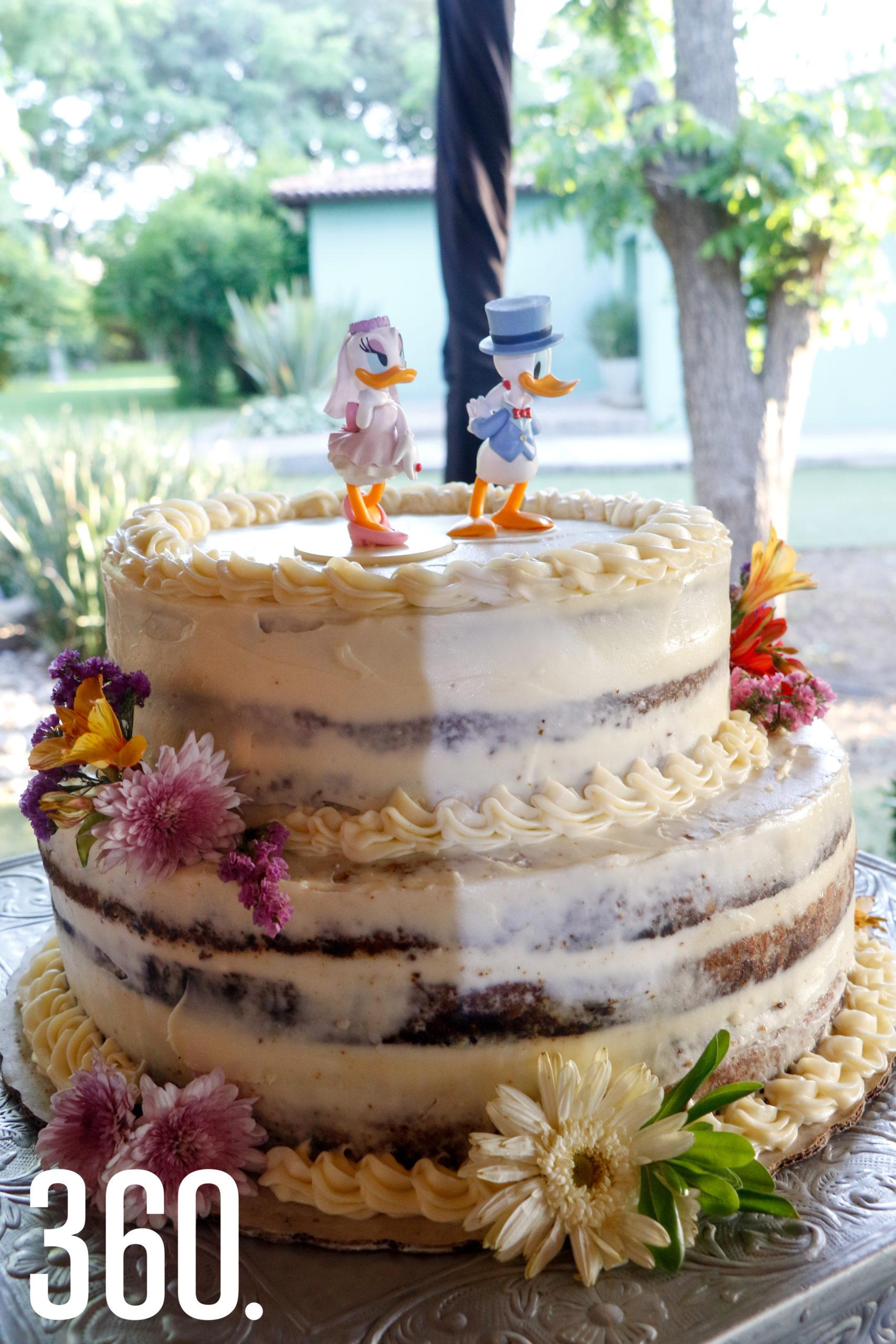 El pastel de los novios.