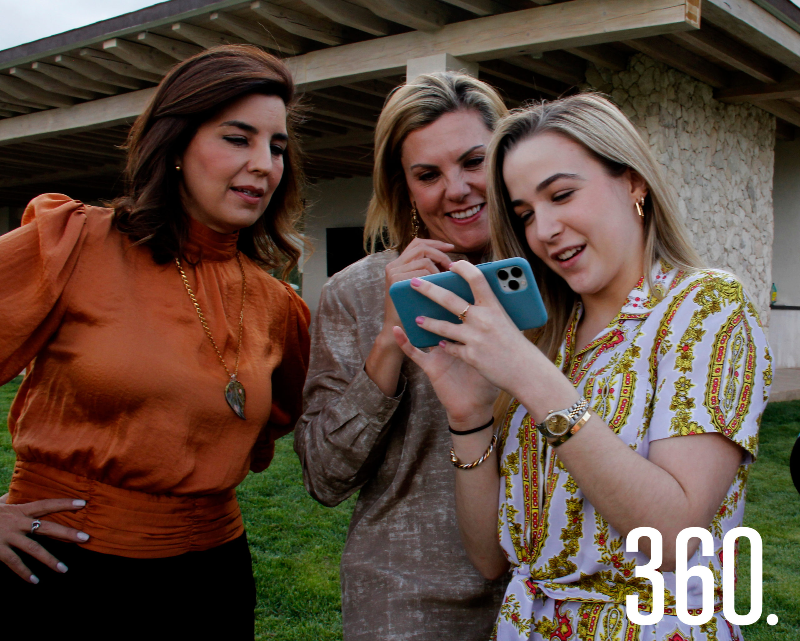Adriana Vargas, Liliana Mendel y Elma Dávila Arizpe.