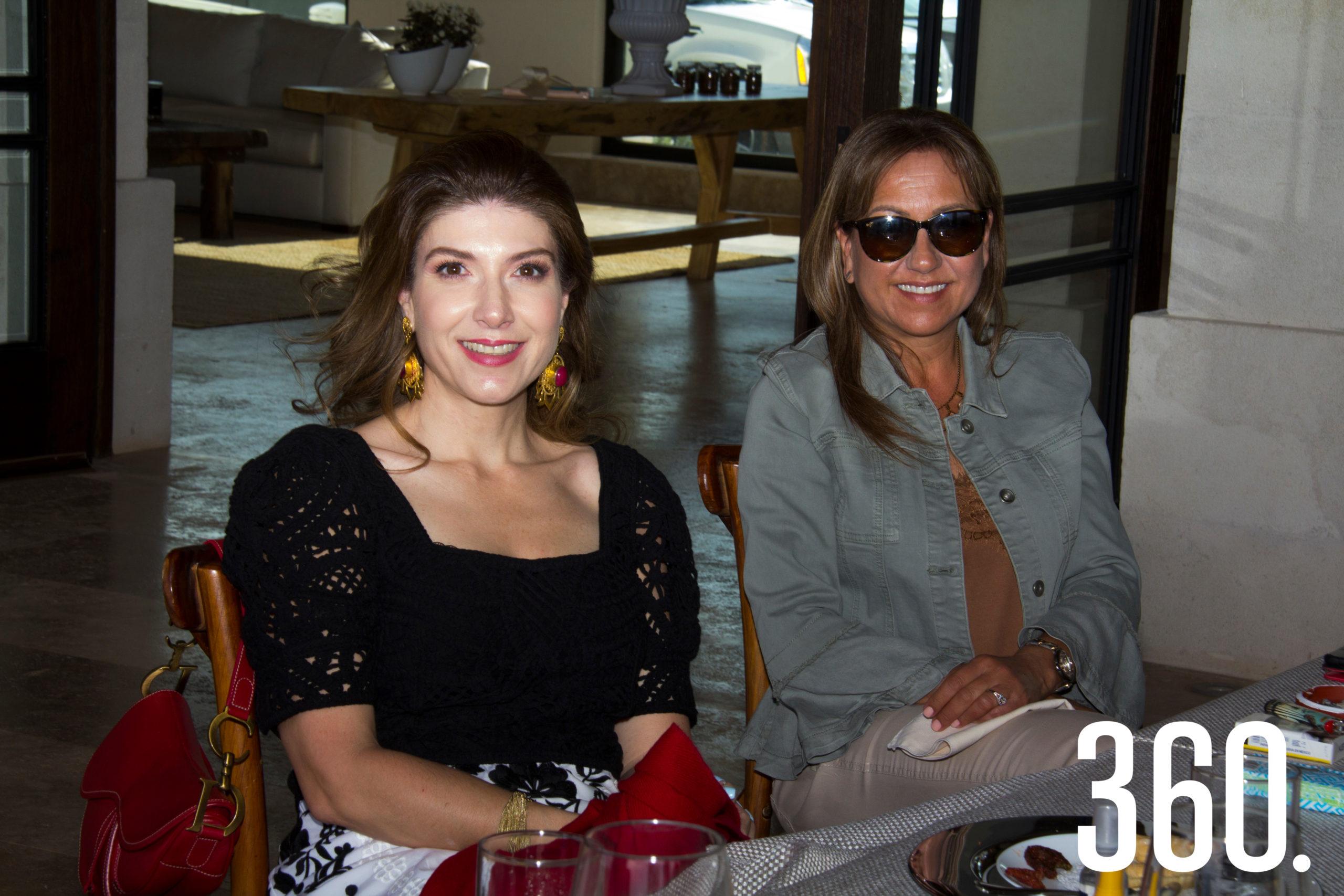 Verónica Abramo y Linda Berchelman.