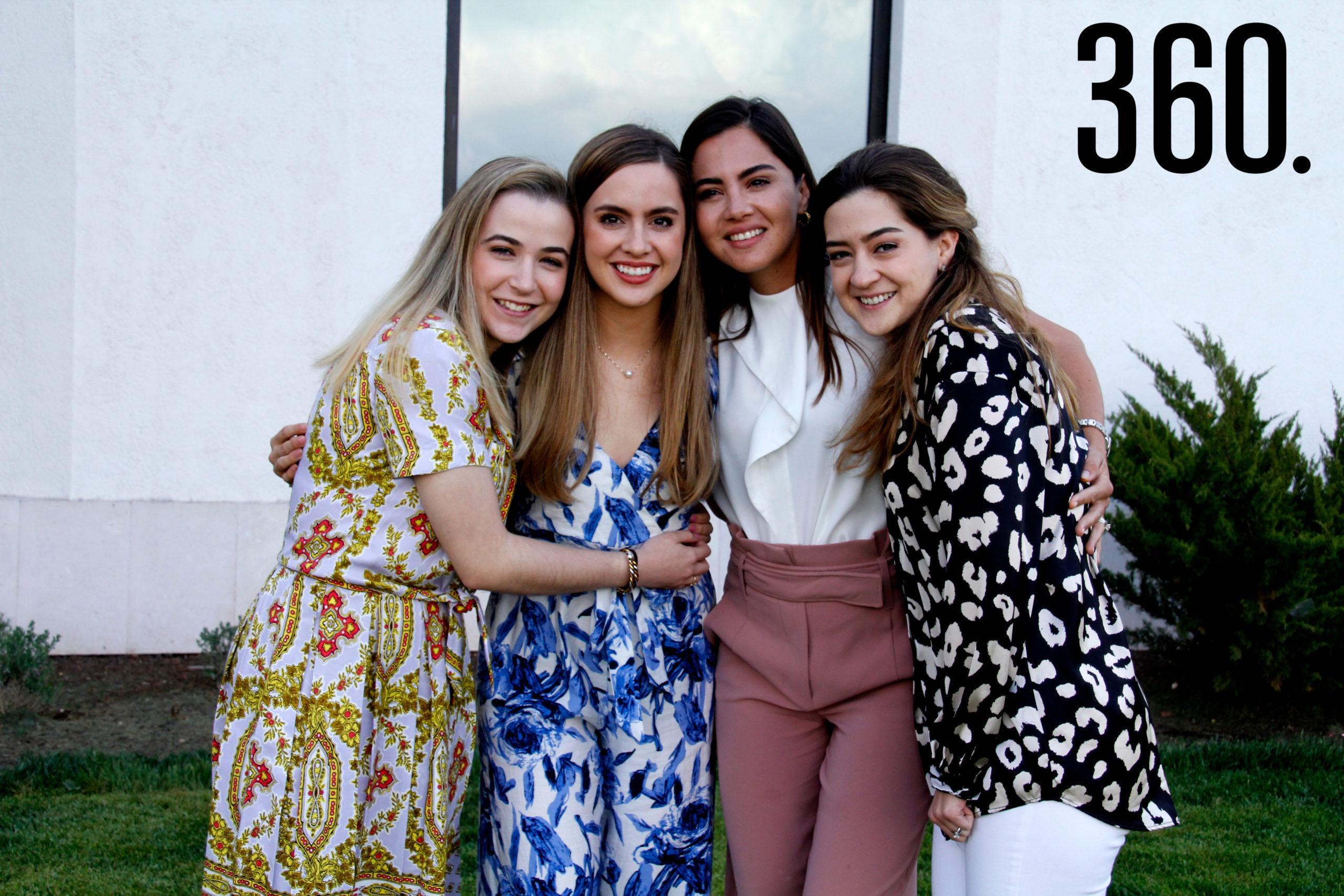 Elma Arizpe, Daniela, María Fernanda y Paulina Arsuaga.