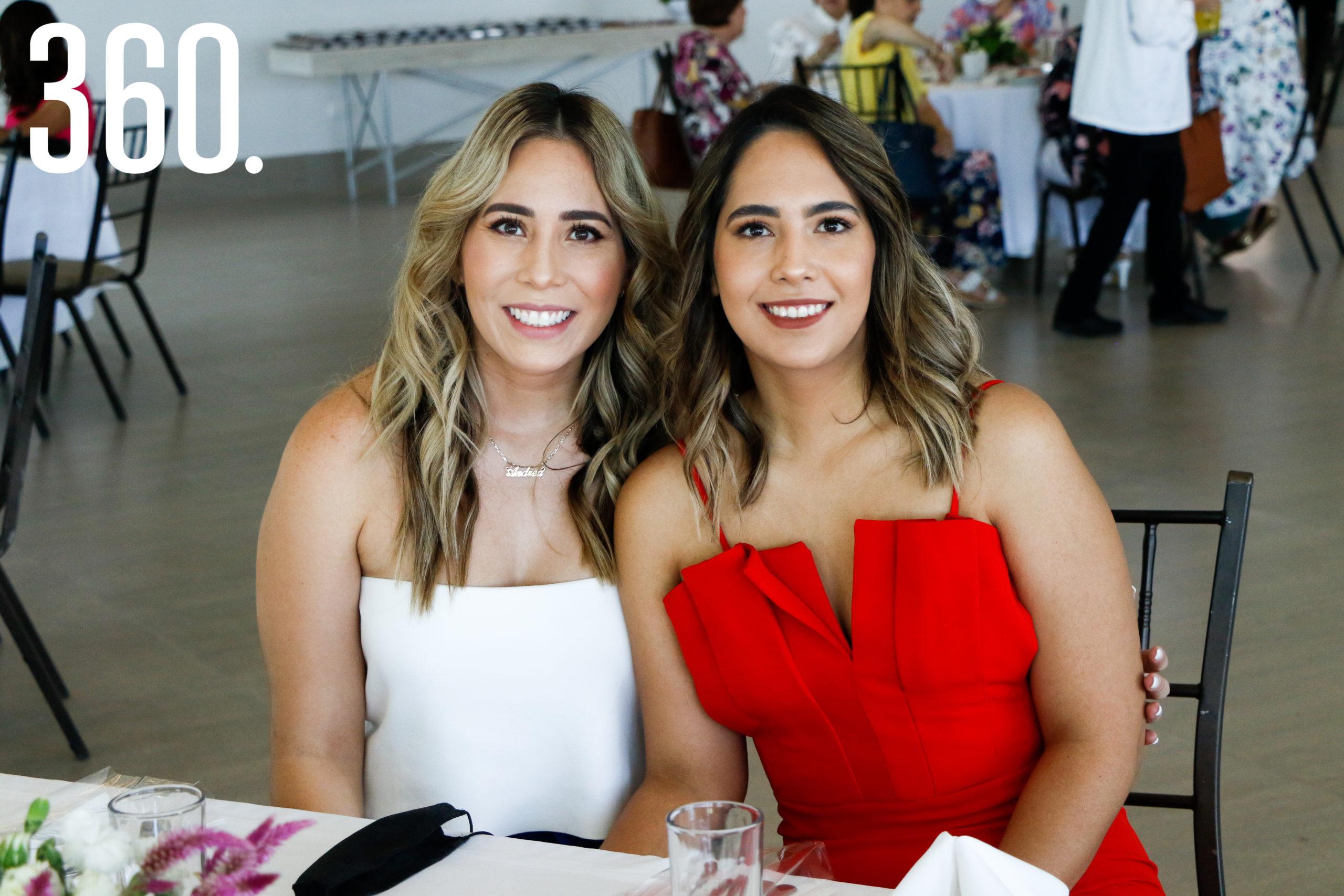 Ana Lucía y Andrea Tovar.