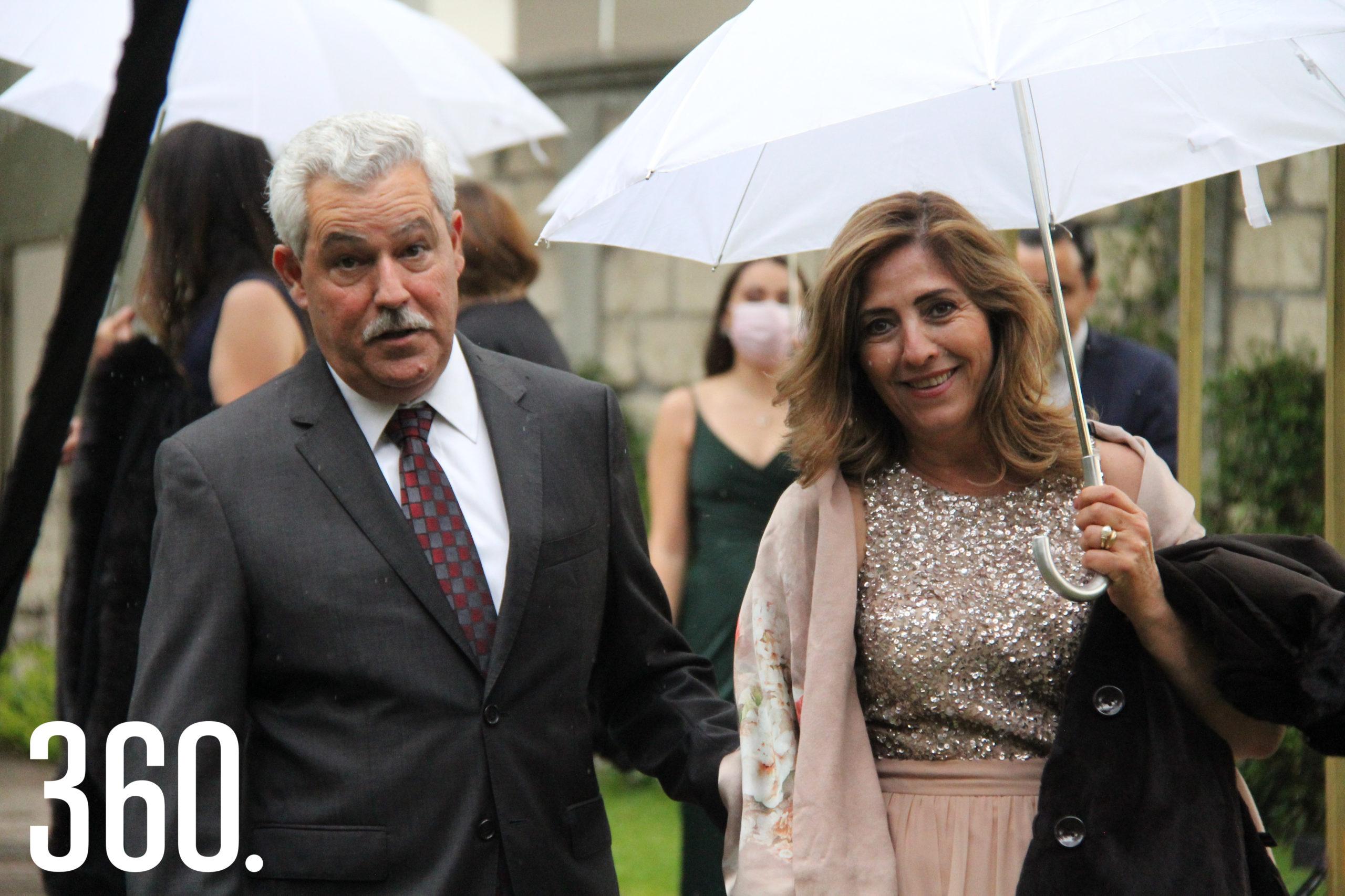 Julián y Maruca Dávila.