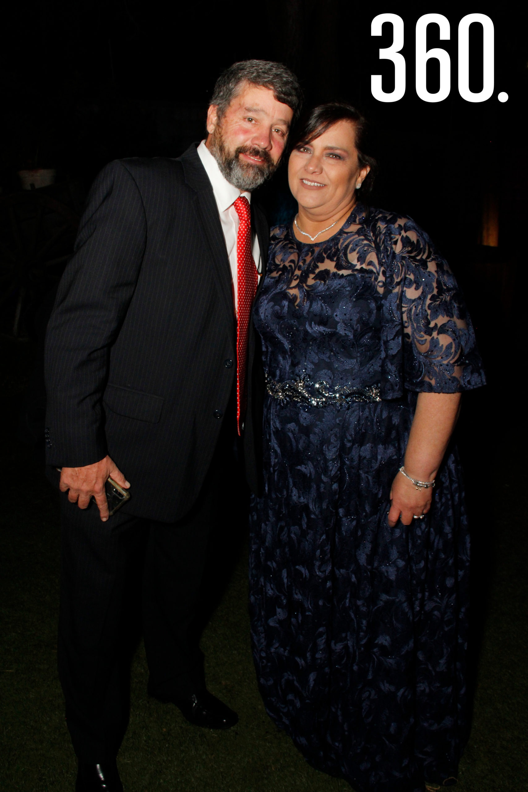 Carlos López y Adriana Montelongo.