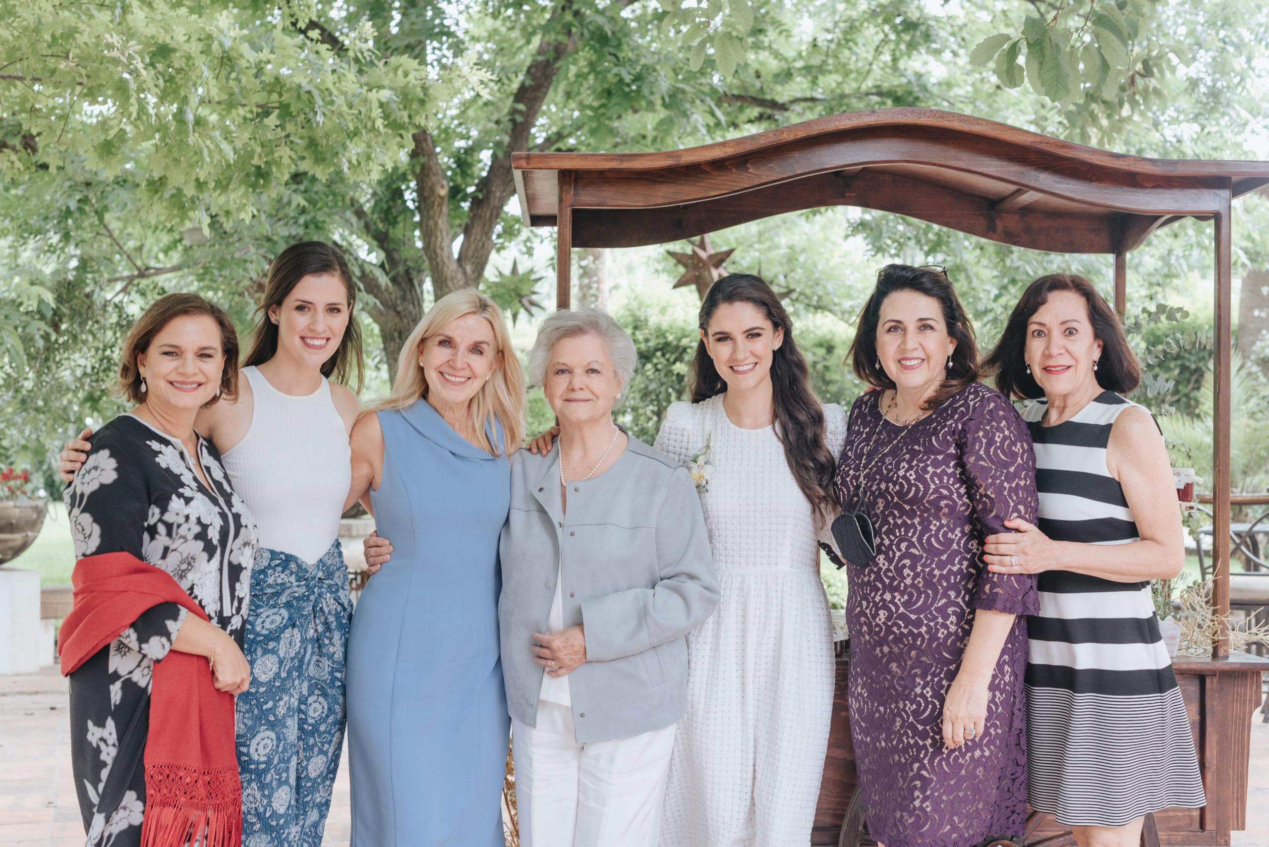 Lena Rodríguez, Sofía Herrera, Edurne Oronoz, Sofía Villarreal, Ana Gaby Herrera, Maru de la peña y Laura Castilla.