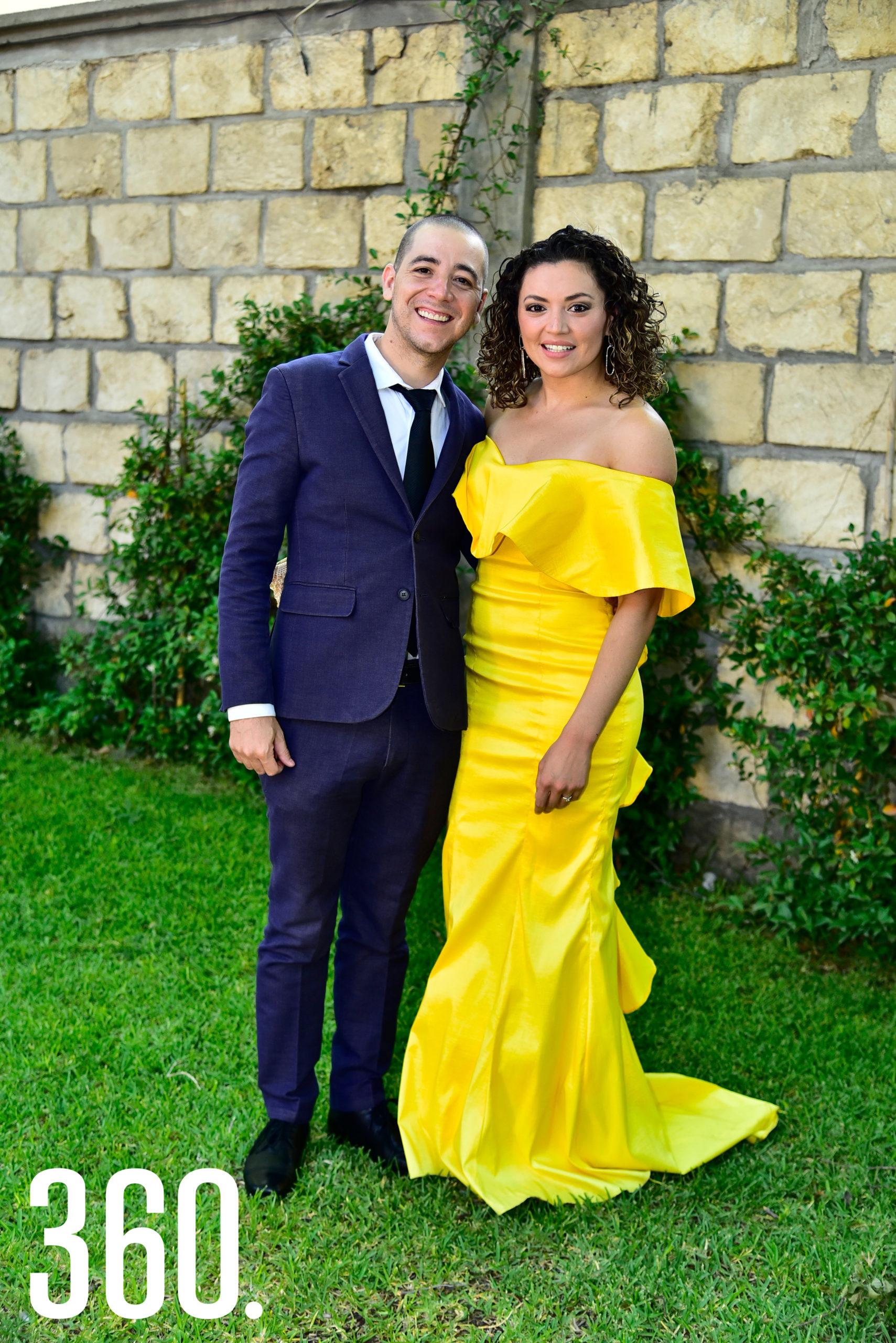 Luis Garza y Paola González.