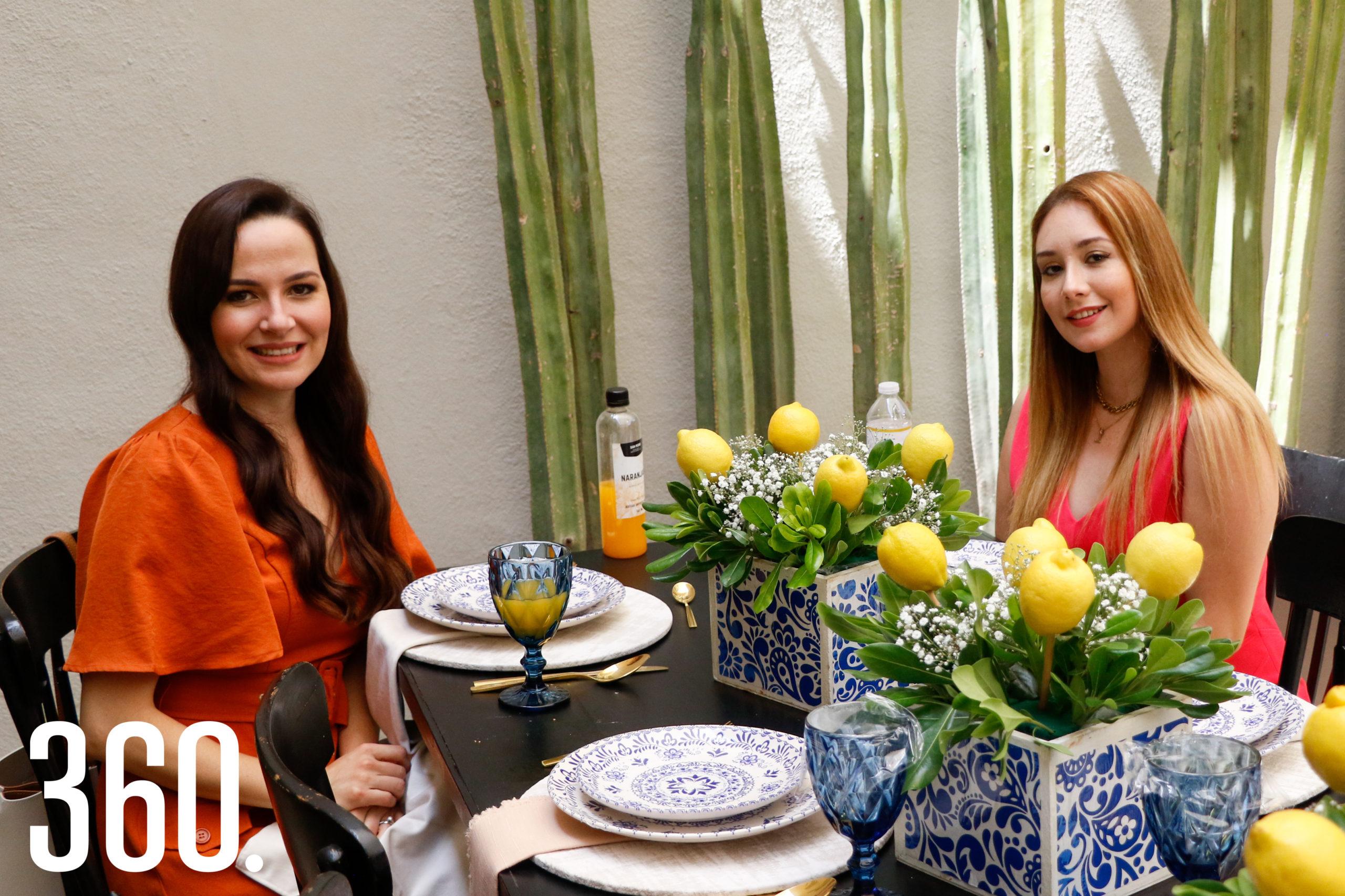 Larissa Ríos y Liliana Saucedo.