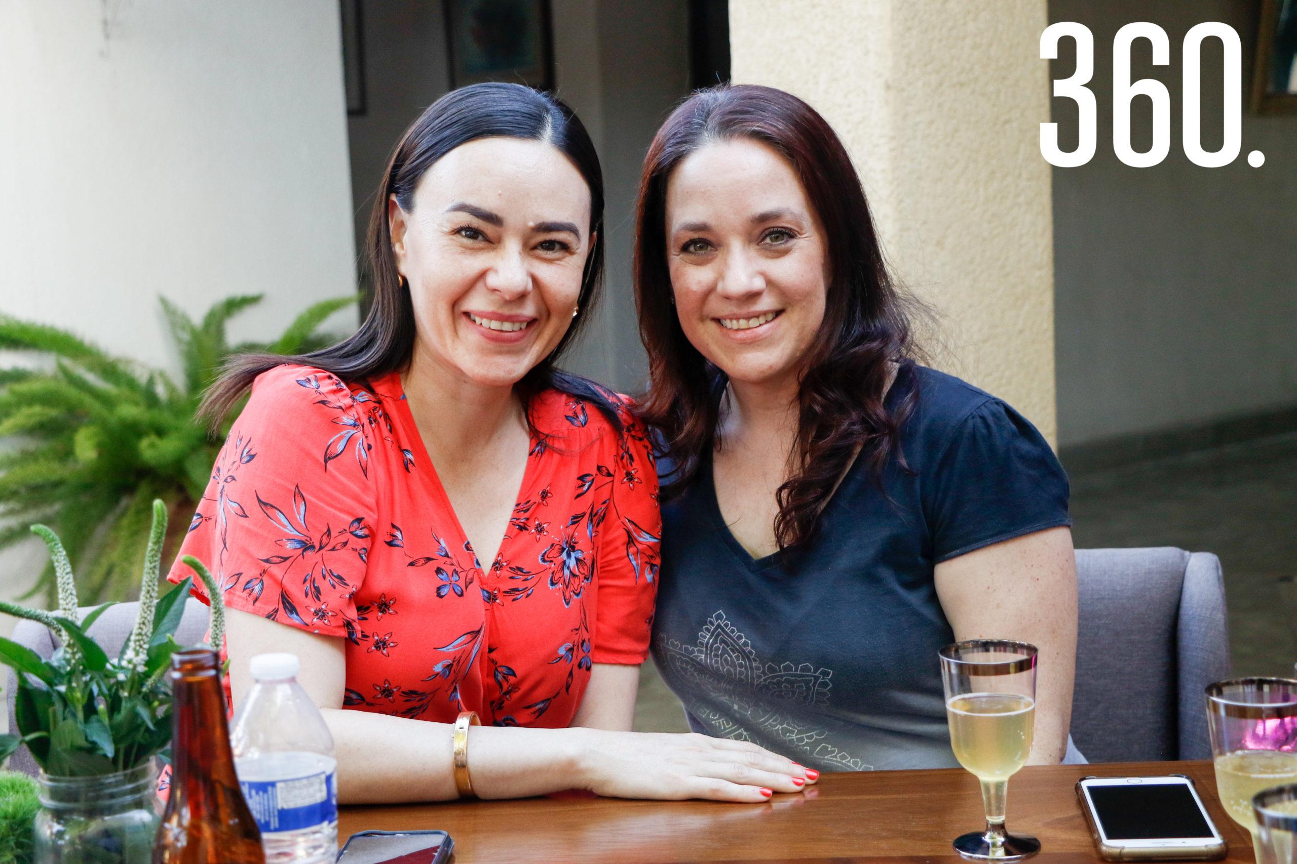 Lucía Riojas y Esperanza Dorbecker.