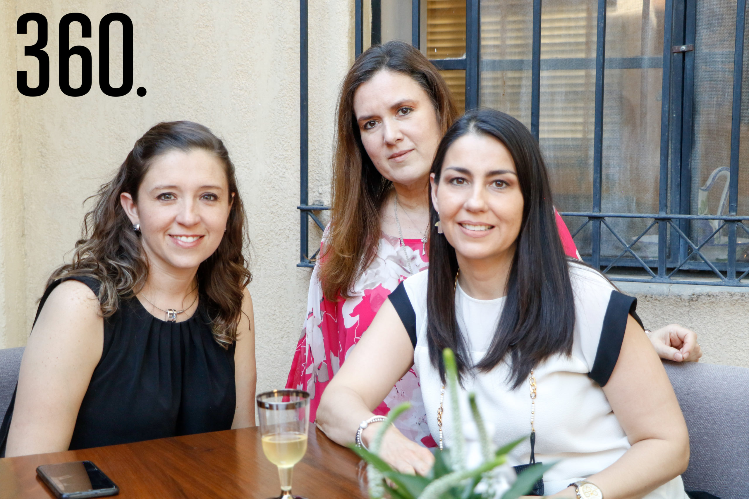 Paulina Cordero, Lucero Dorbecker y Claudia Sánchez.