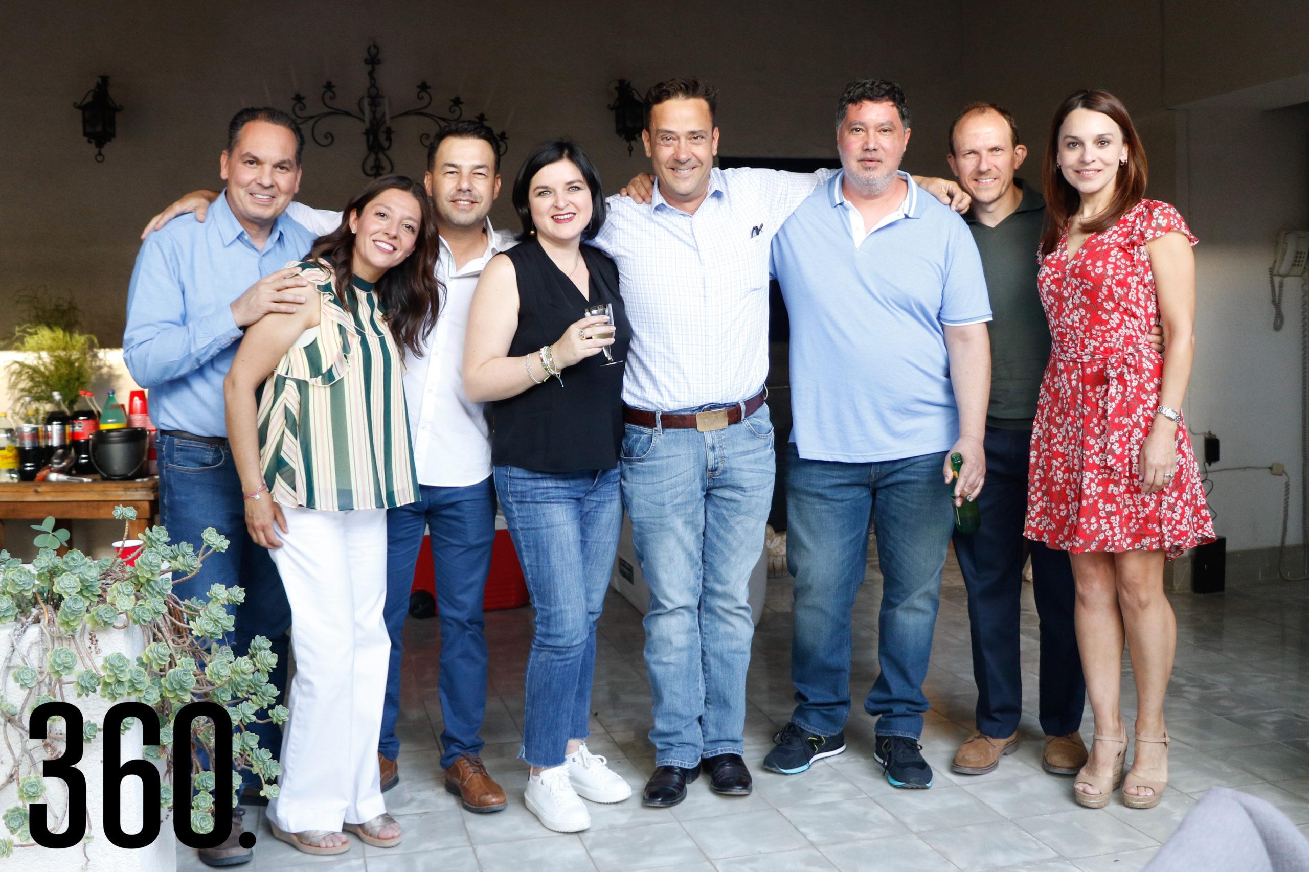 Homero Ortiz, Maryté Montes de Oca, Iván Guerra, Magda Flores, Juan Carlos Guerra, Gilberto Cavazos, José Manuel Guasque y Kristina García.