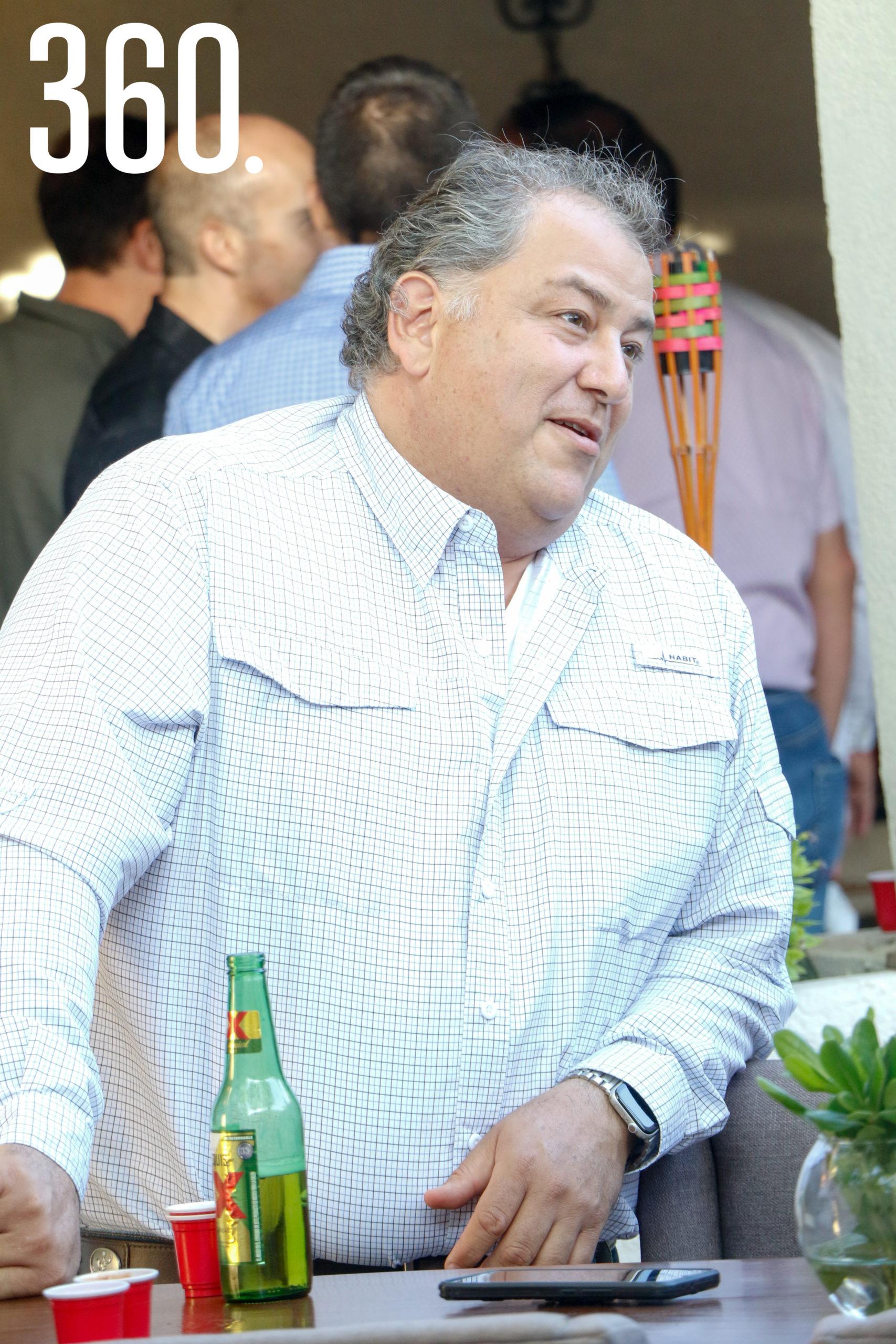 Juan Sierra.