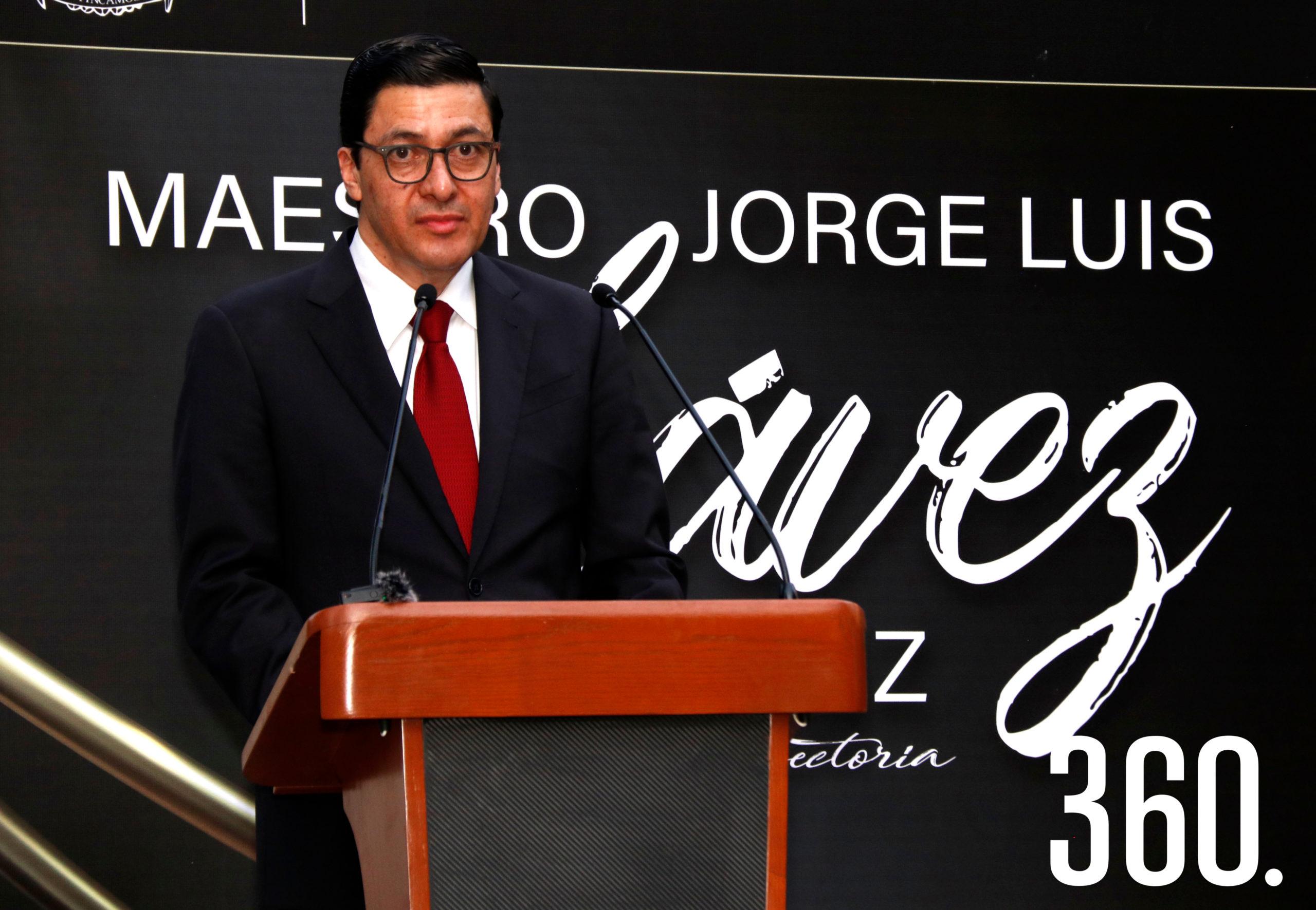 Jorge Luis Chávez Martínez agradeció a sus compañeros maestros y estudiantes su apoyo.