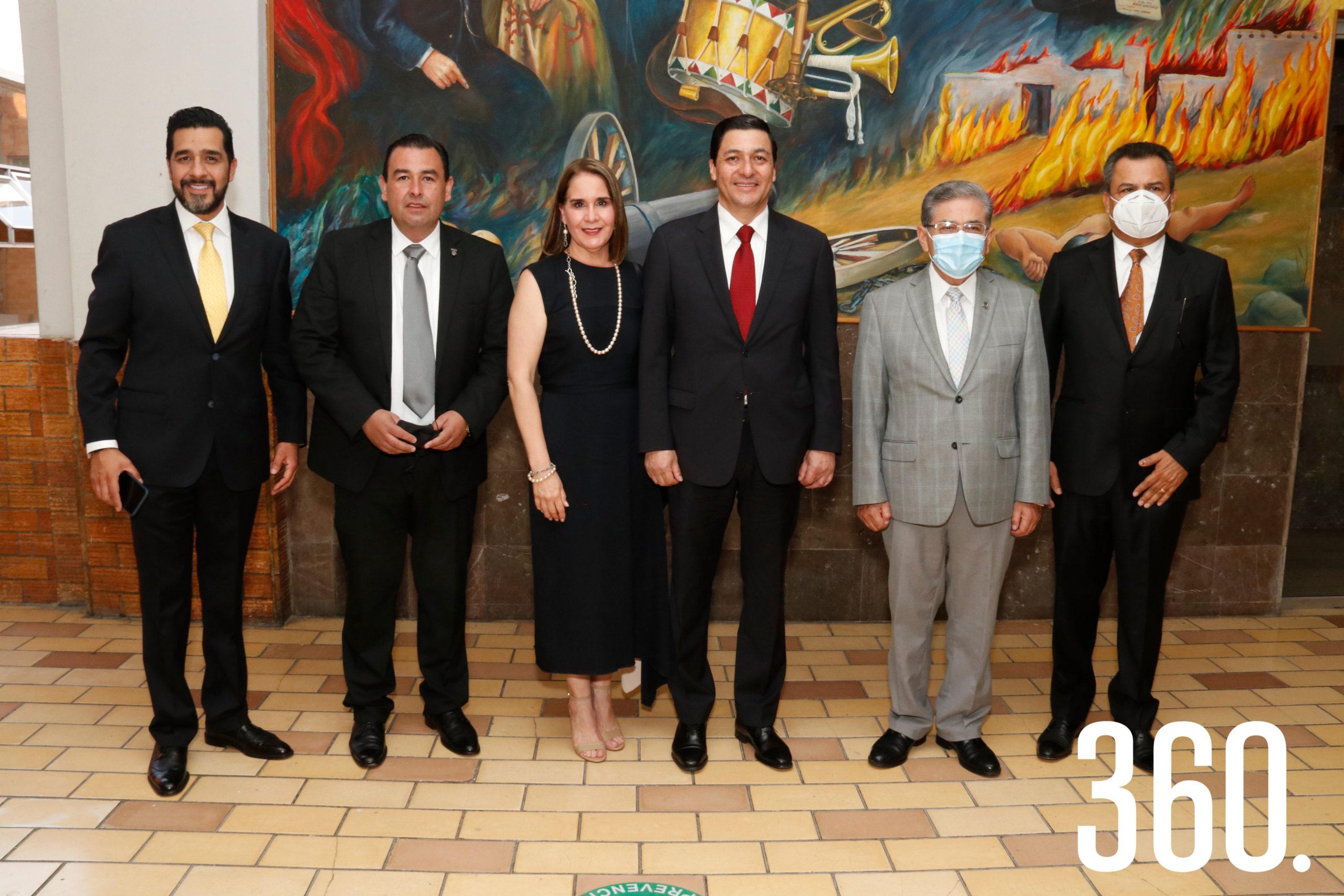 Iván Garza, Alfonso Yáñez, Alma Leticia Gómez, Jorge Luis Chávez Martínez y Salvador Hernández Vélez.