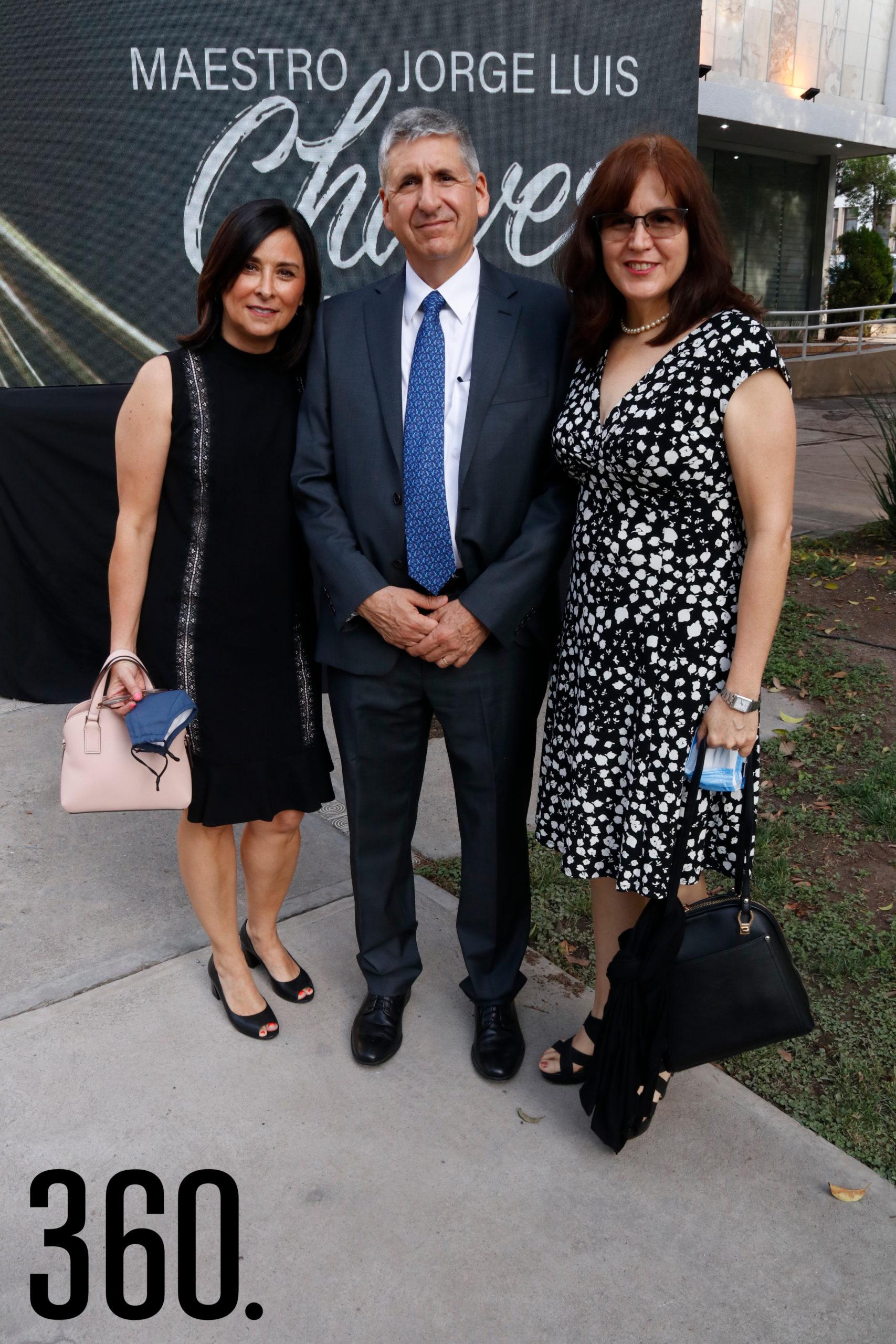 Beatriz Roldán, Jorge Alberto Gómez y Diana Elsa Gómez.