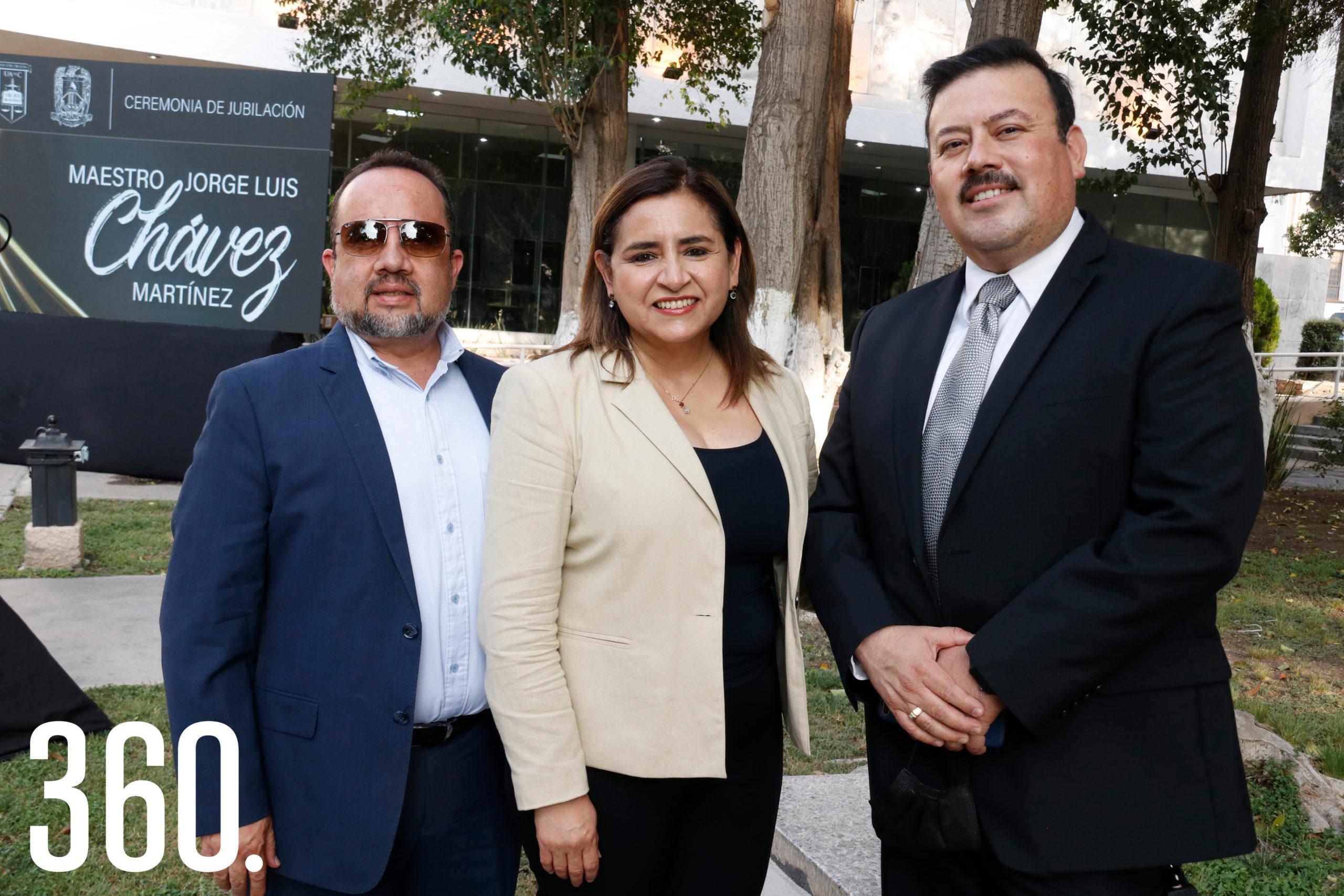 Antonio Morales, María Eugenia Galindo y Alberto Campos.