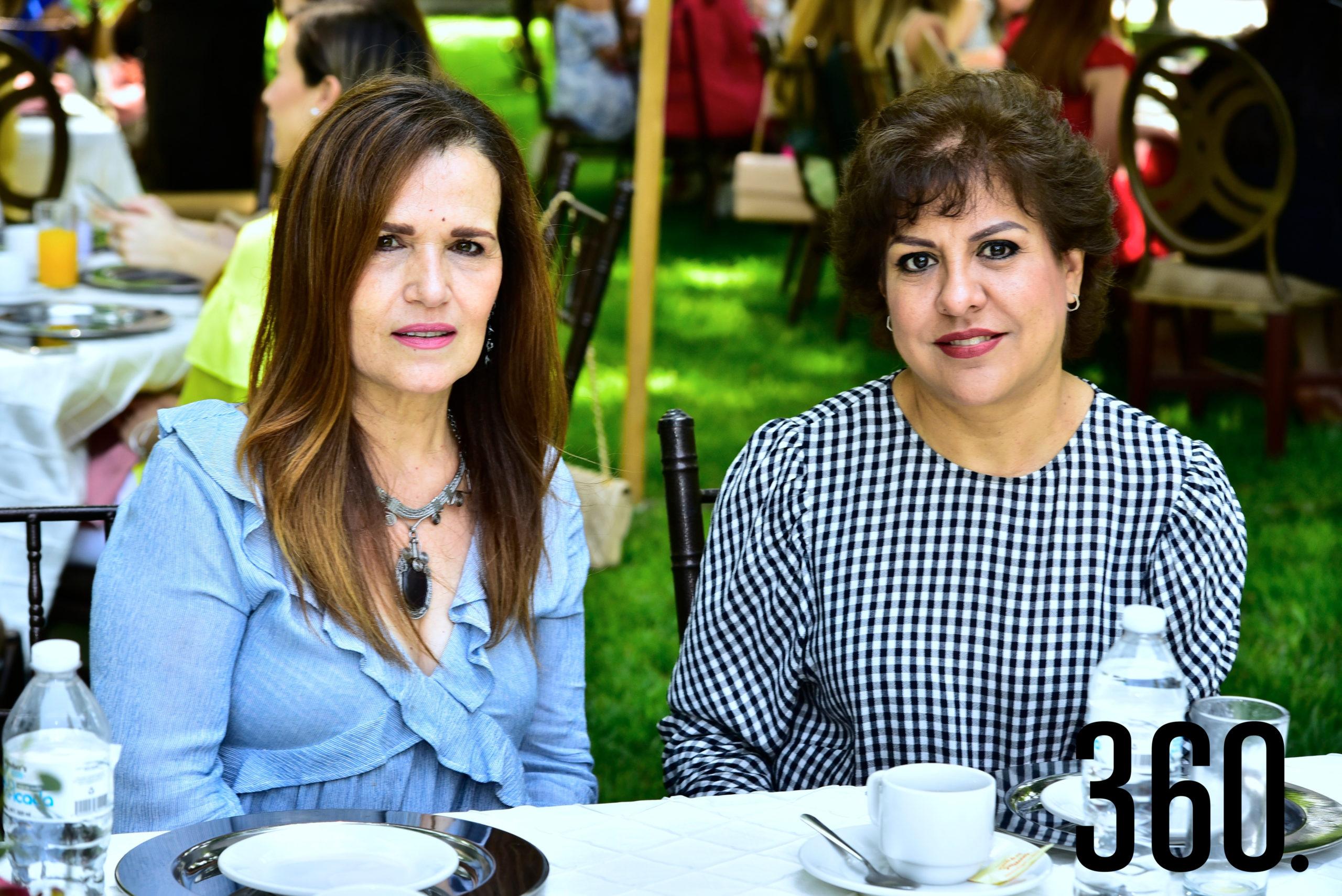 Rosy Márquez y Lupita Menchaca.