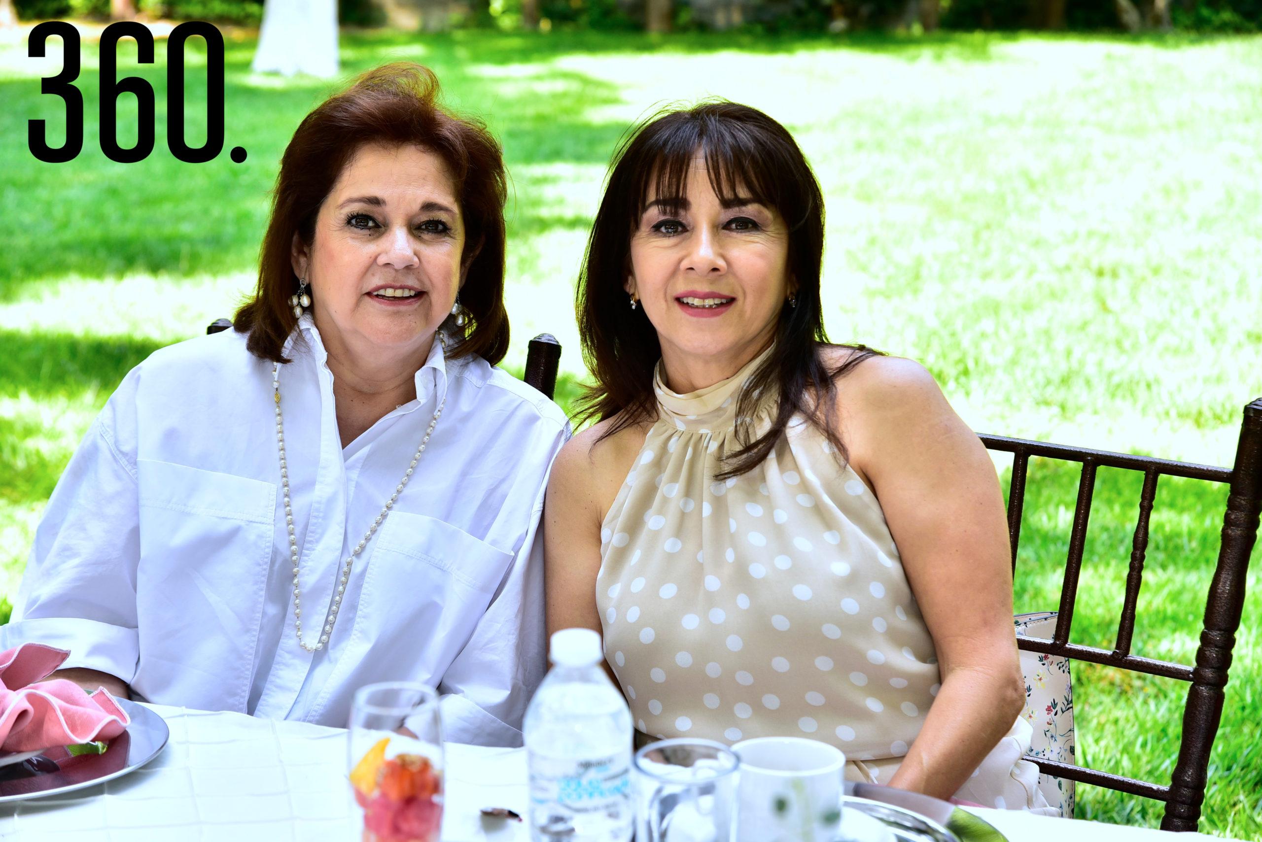 Lucía Malacara y Martha Cardoza.