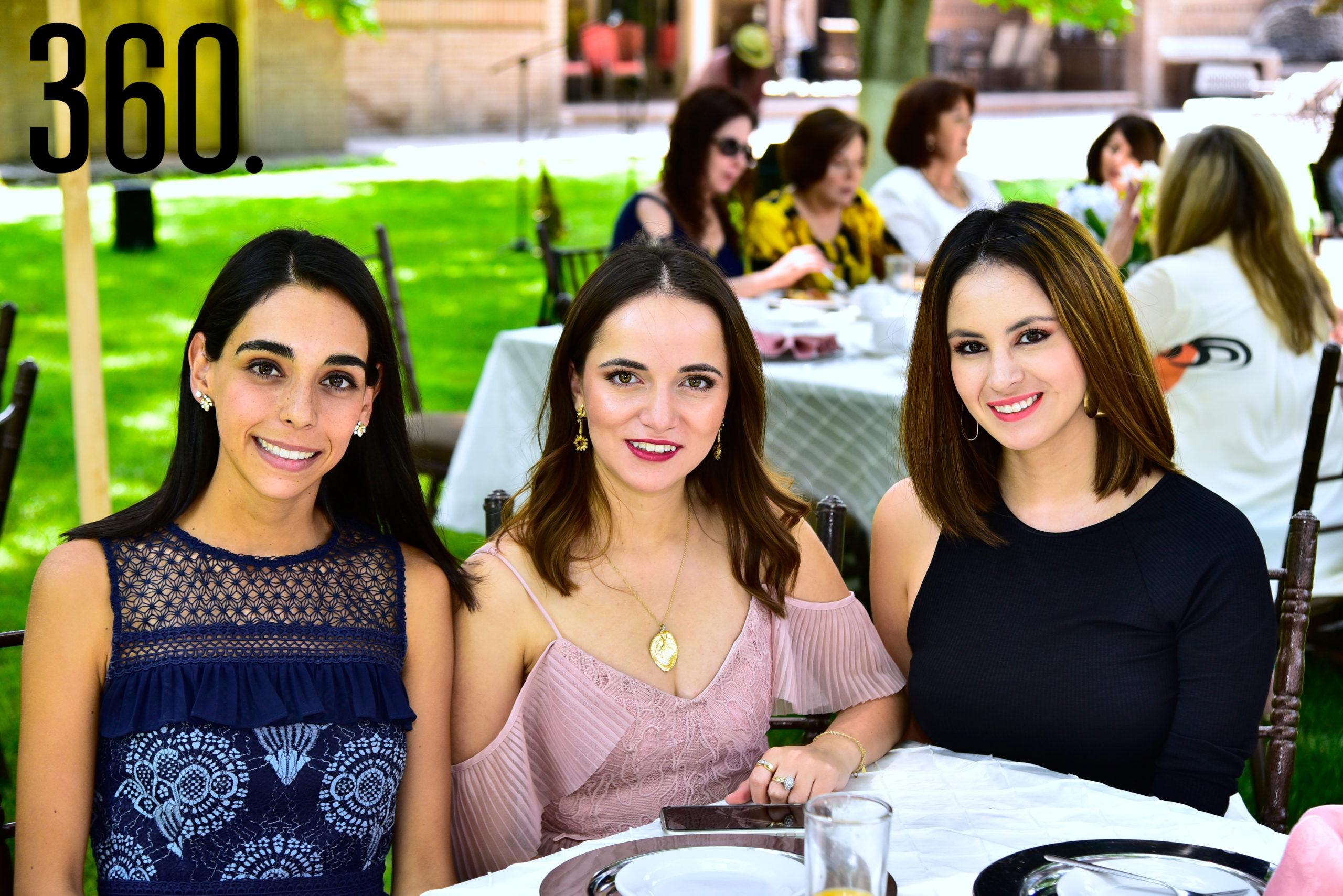 Ceci Ruiz, Ana Cristina de las Fuentes y Gaby Garza.