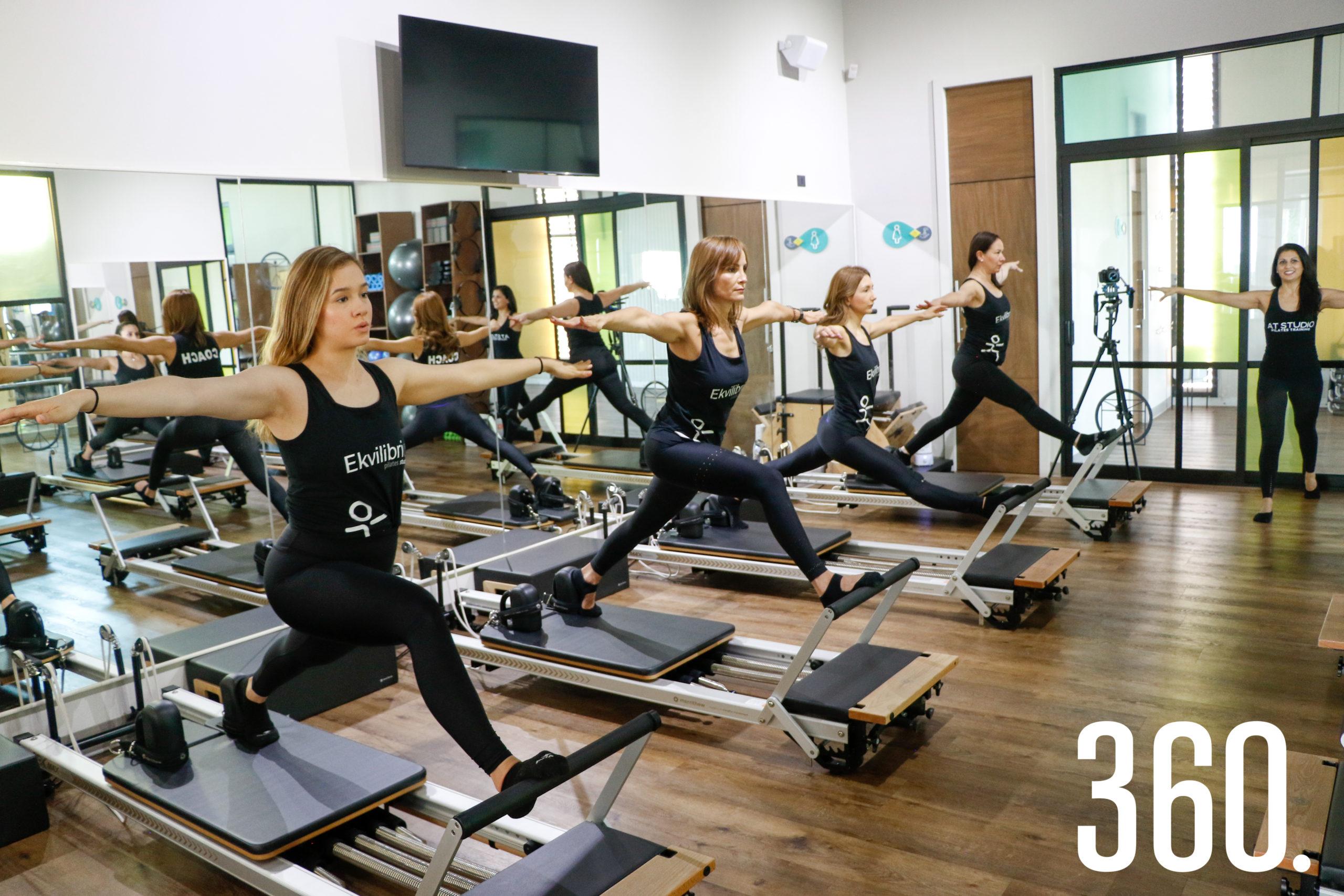 Además, aprenden bases biomecánicas, anatomía y el por qué de cada ejercicio.
