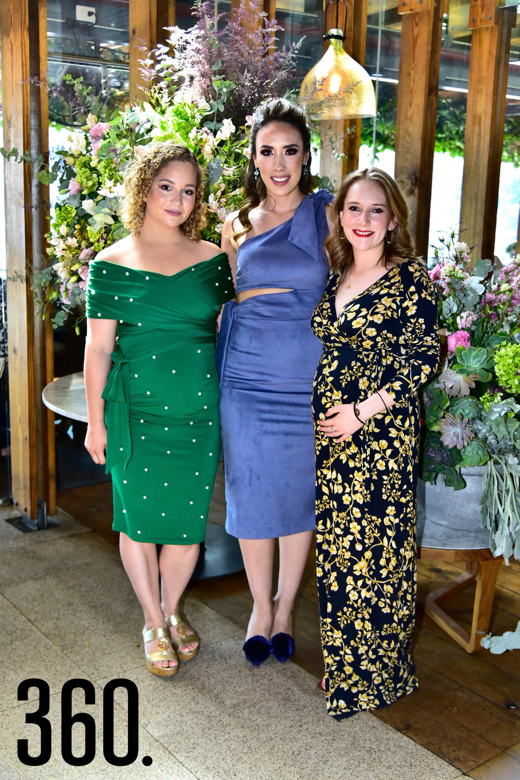 Claudia López, Lorena Villanueva y Cynthia Robles.