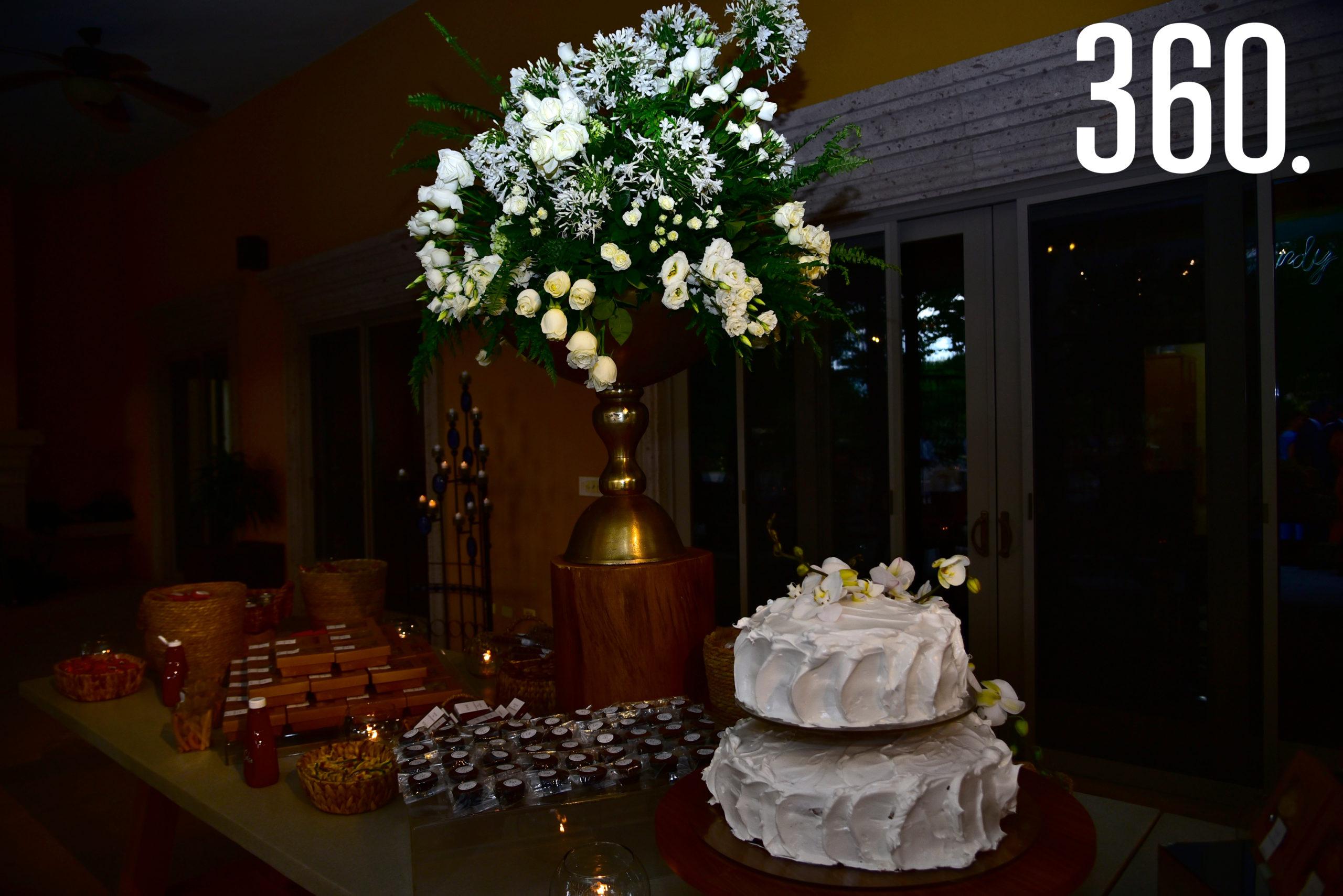 El pastel de bodas.