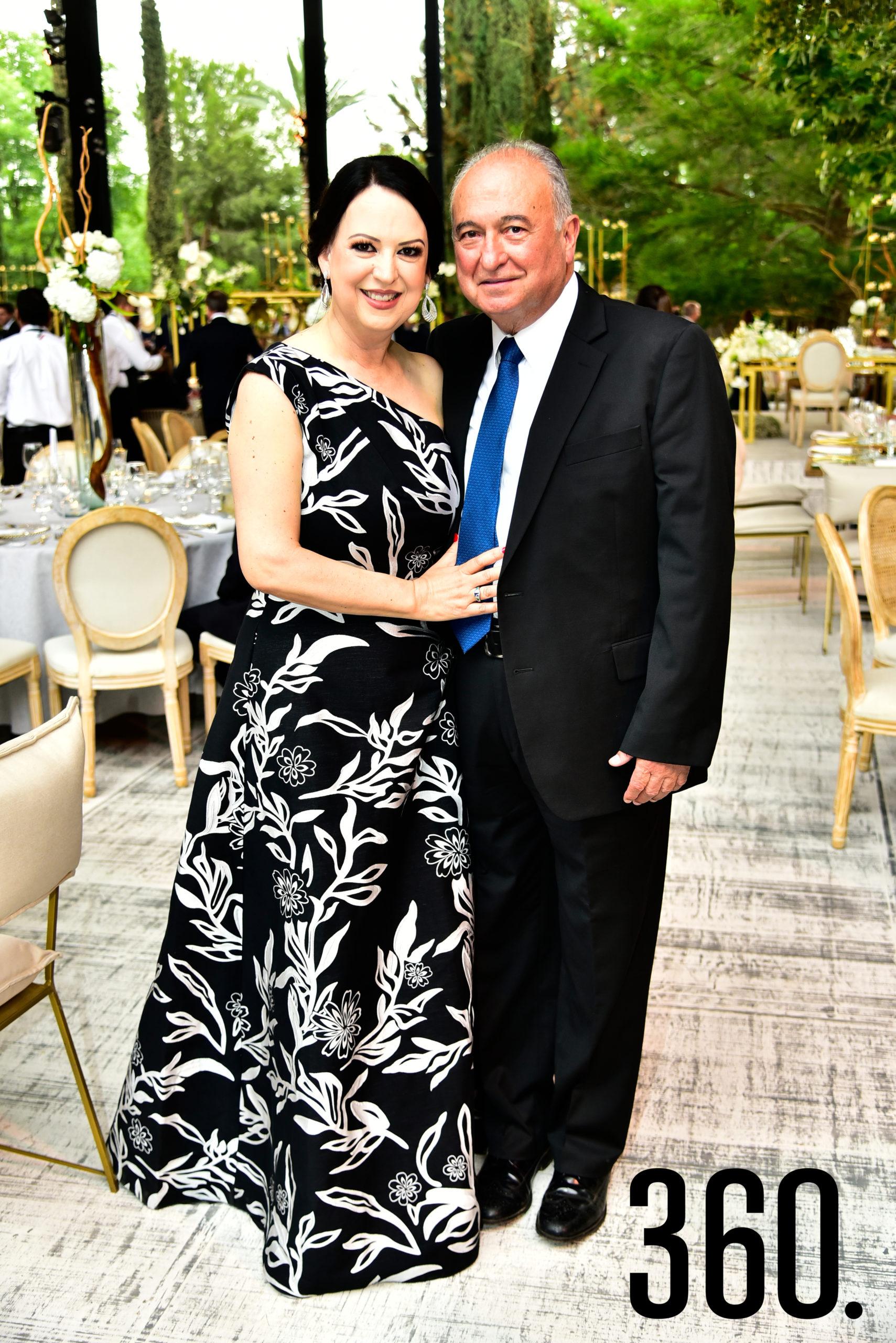 Sofía y Abel Narro.