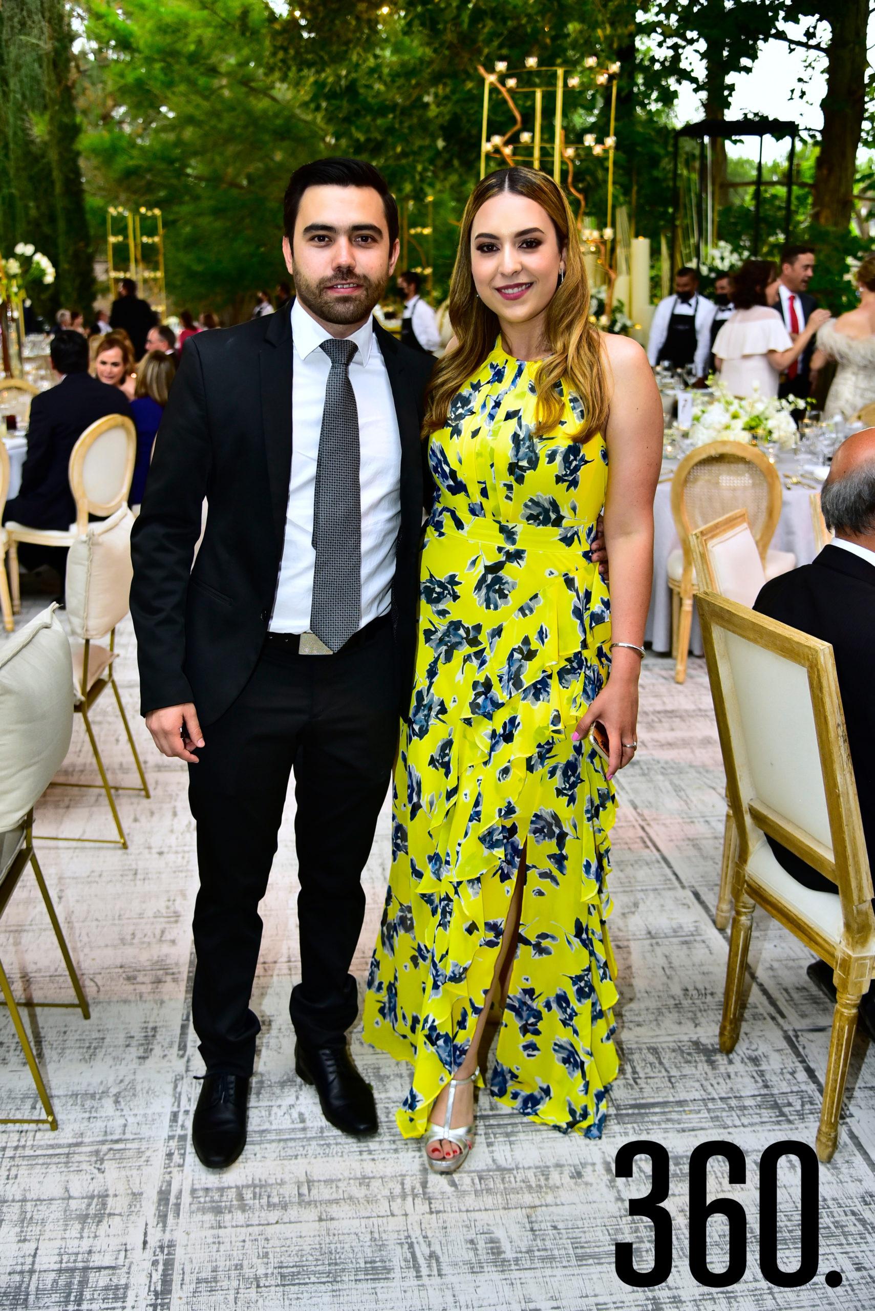 Luis Cervantes y Fernanda Torres.