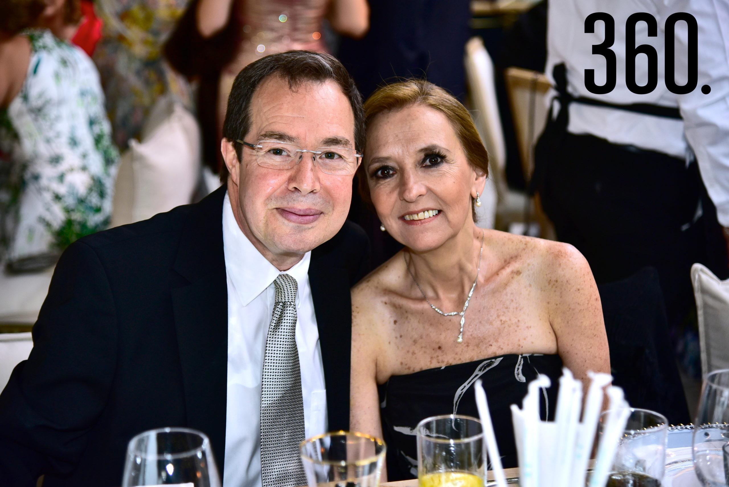 Luis Moreno y Gabriela de Moreno.