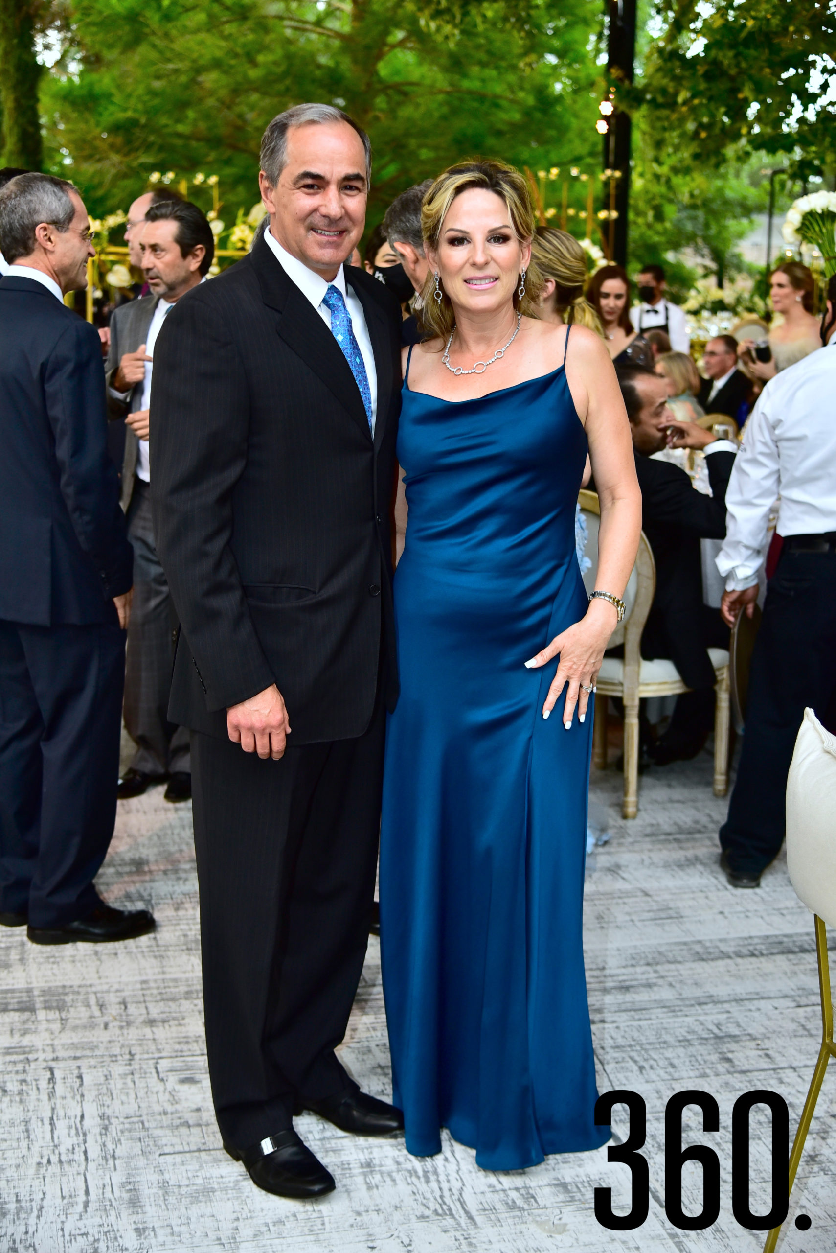 Raúl Gerardo Salinas e Ivonne Espinoza de Salinas.