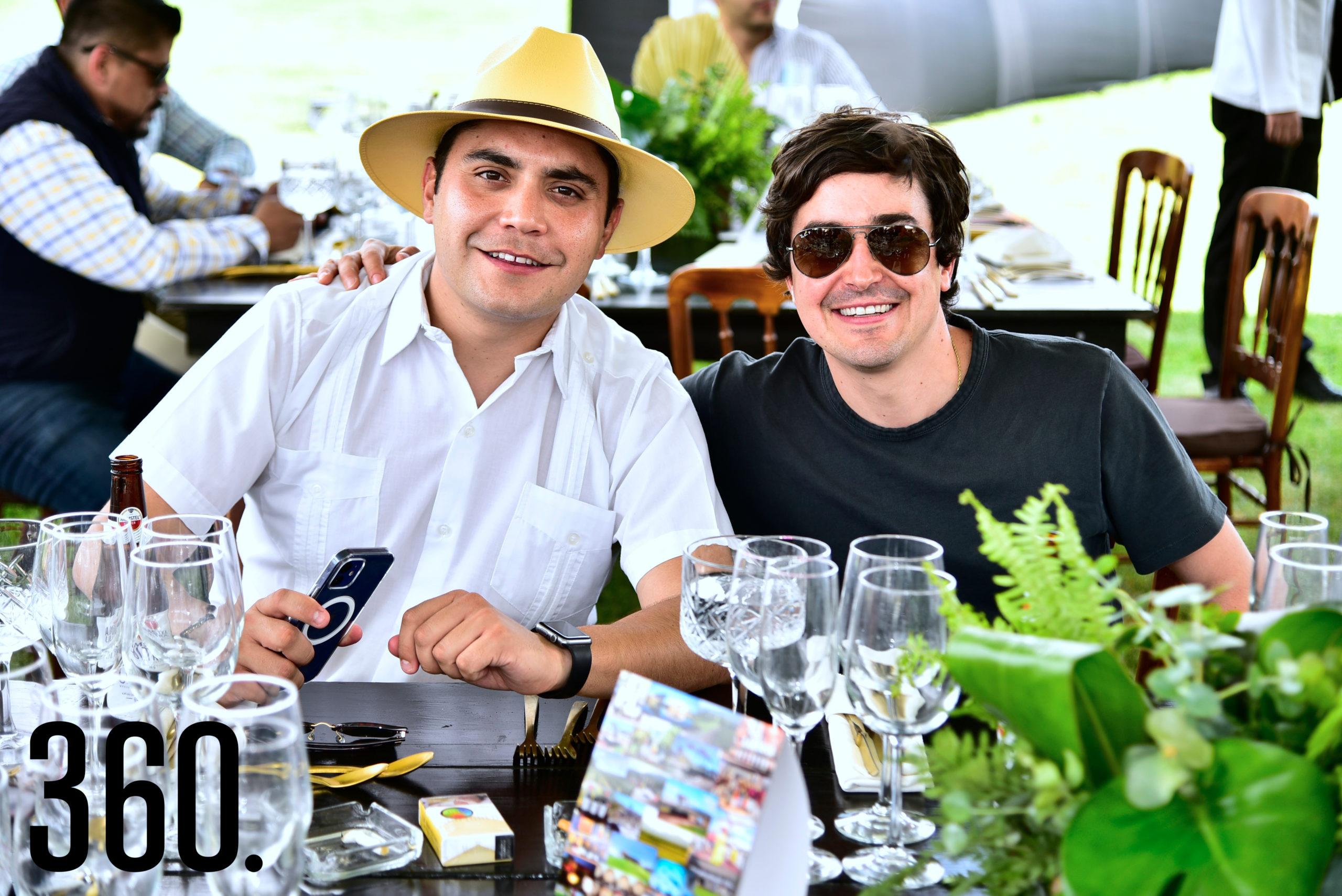 Carlos Guajardo y Javier Alanís.