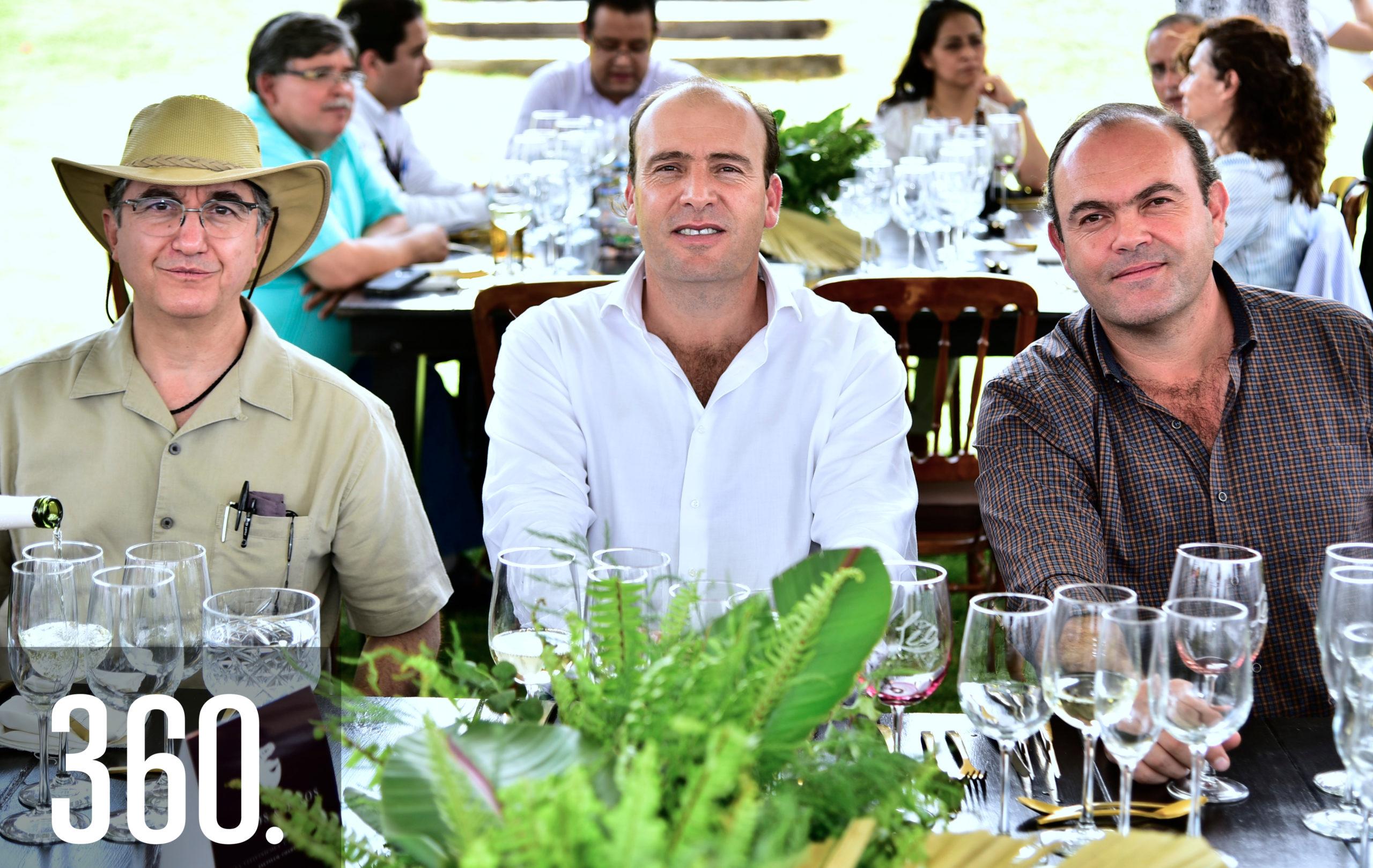 Braulio Cárdenas, David Cárdenas y Arturo Mendel.