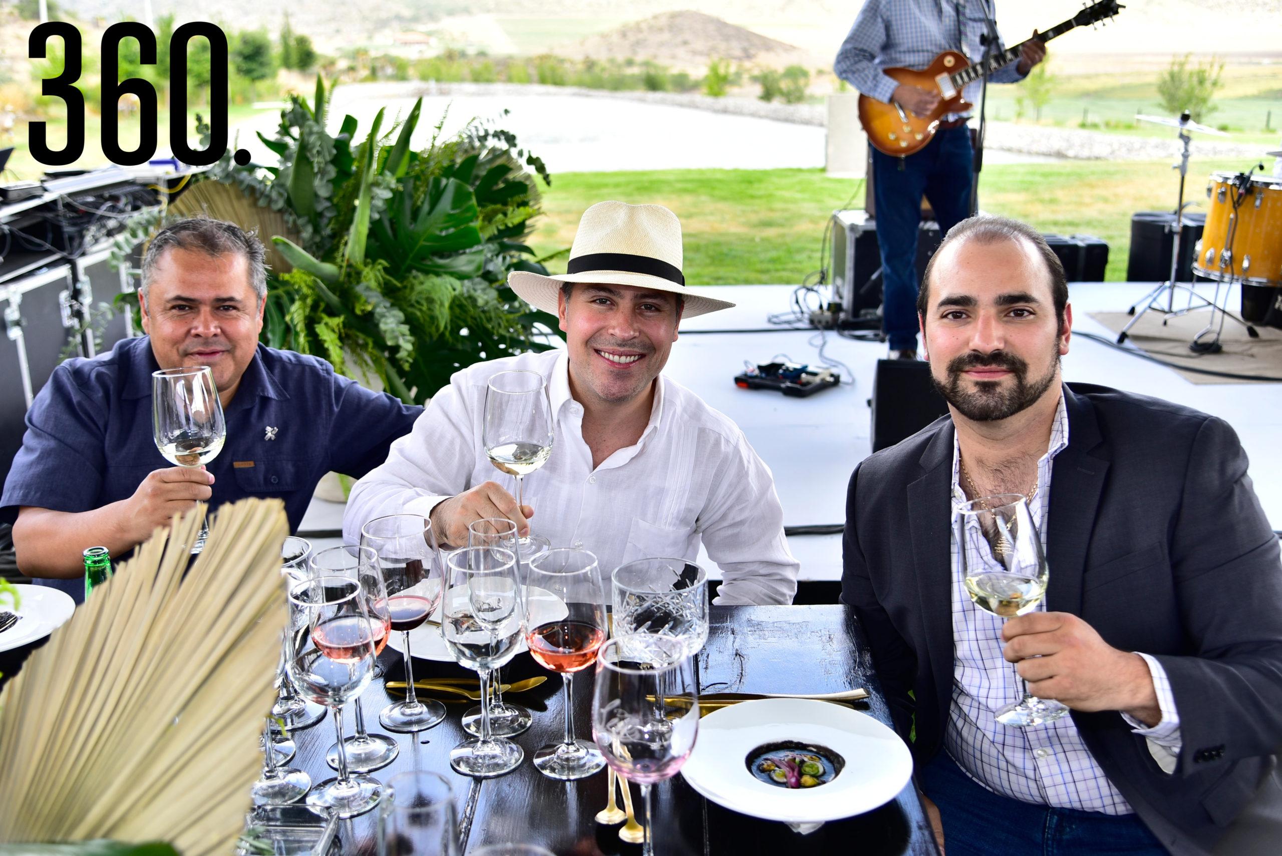 Juan Carlos Banda, Roberto G. Cantón y Juan Aguirre Destenave.