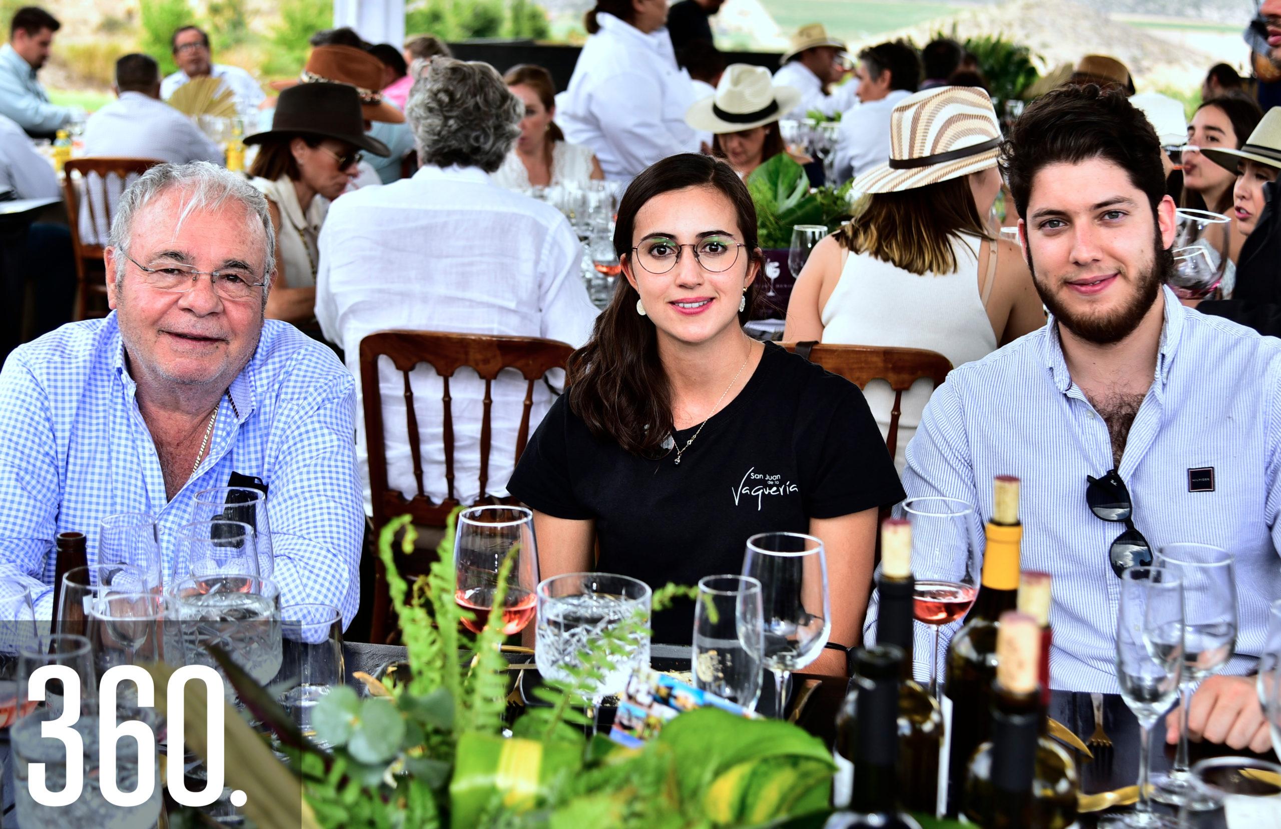 Emilio Faust, Sofía Aguirre y Jesús Murra.