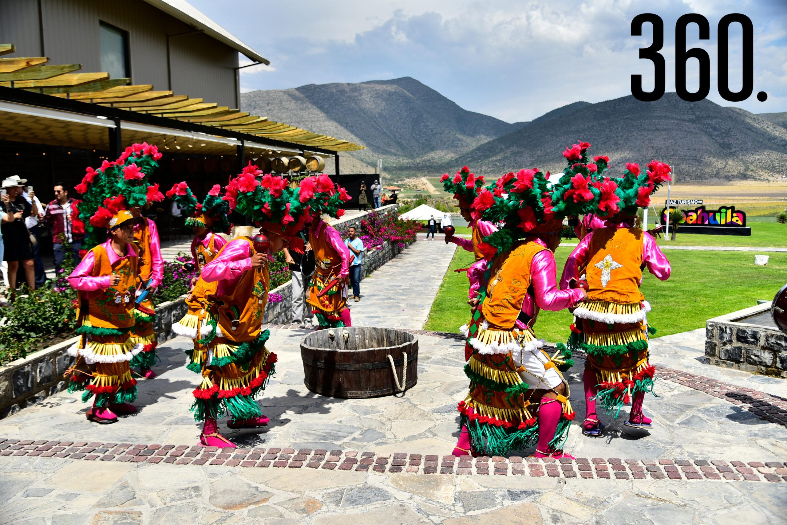 Danza tradicional de matachines.
